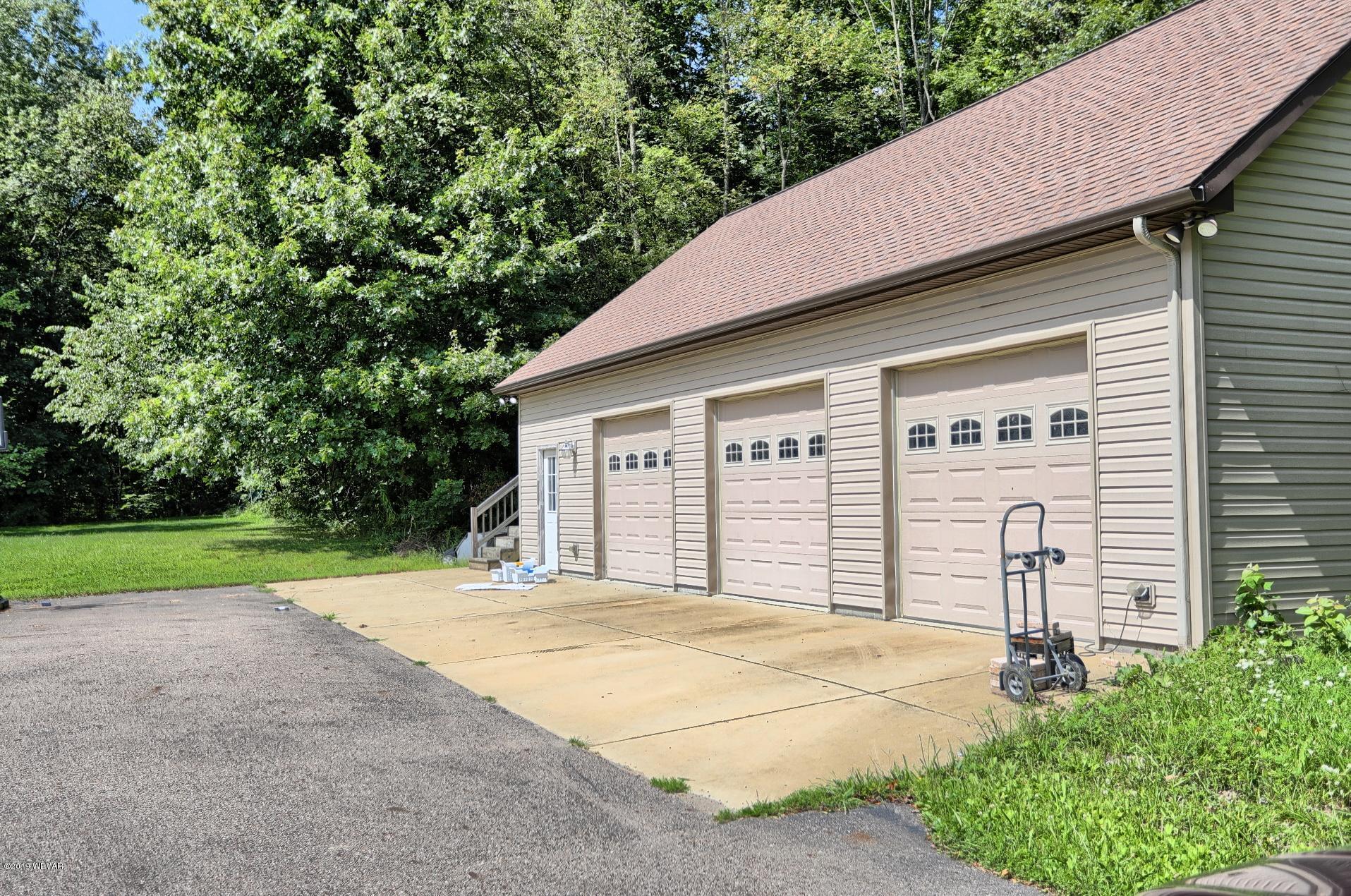 11549 SPERRY ROAD,Atlantic,PA 16111,3 Bedrooms Bedrooms,2 BathroomsBathrooms,Farm,SPERRY,WB-88508
