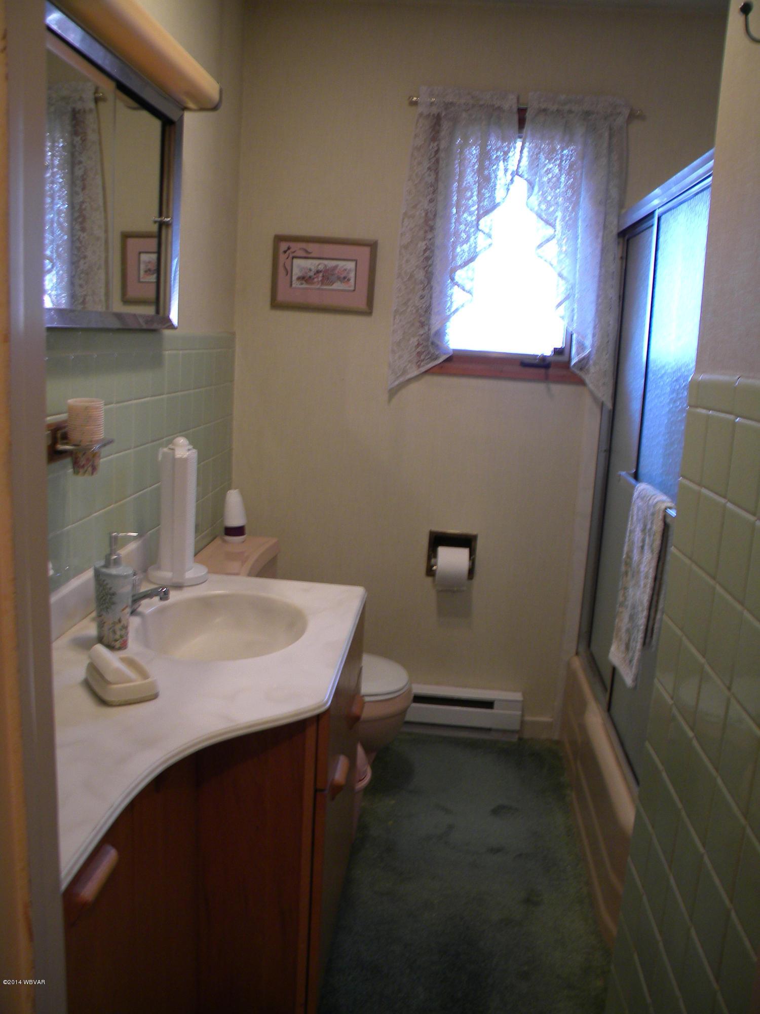 280 WOODLAND AVENUE,Williamsport,PA 17701,3 Bedrooms Bedrooms,2 BathroomsBathrooms,Residential,WOODLAND,WB-88523