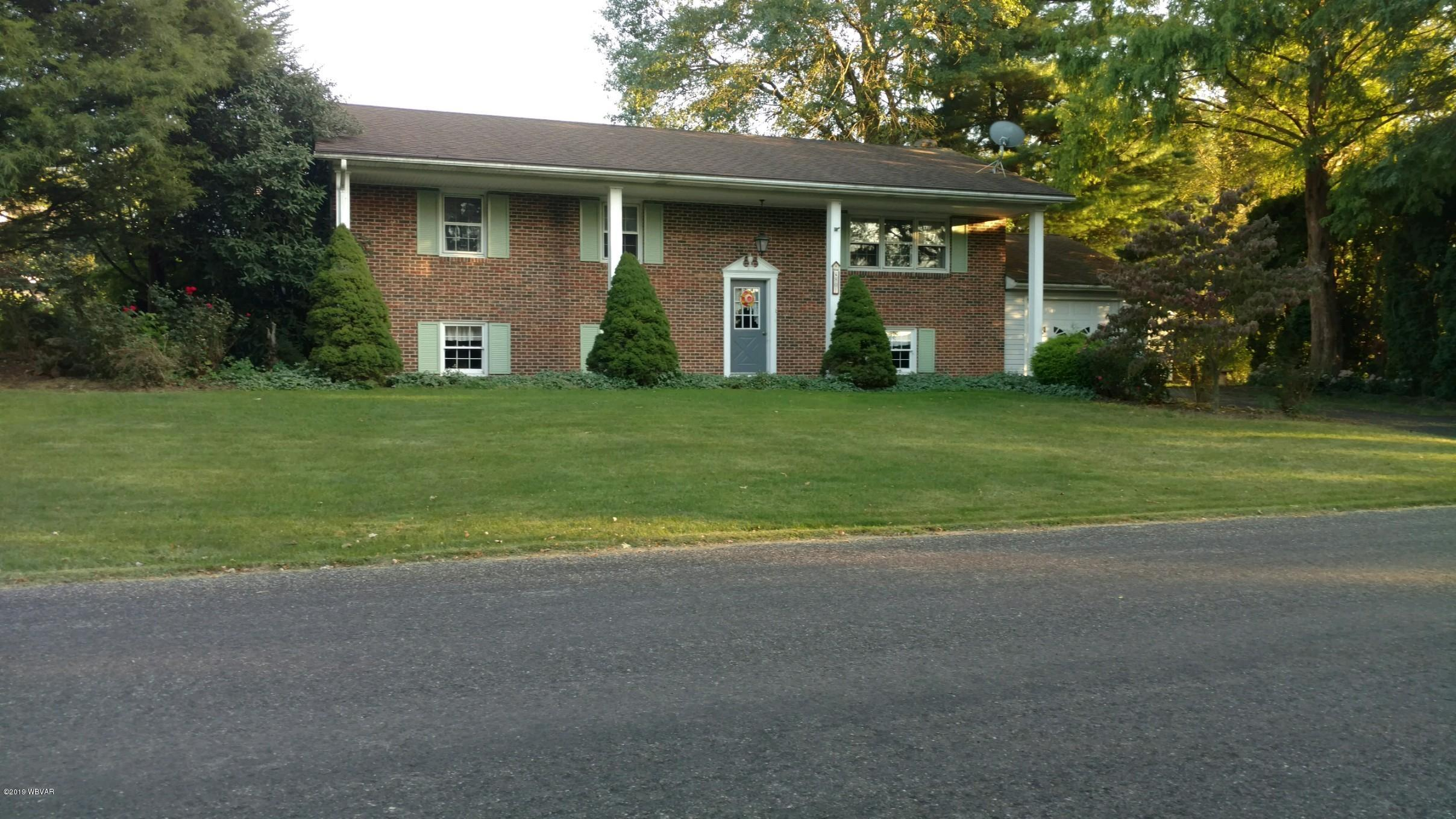 801 CRESTVIEW ROAD,Mifflinburg,PA 17844,3 Bedrooms Bedrooms,2 BathroomsBathrooms,Residential,CRESTVIEW,WB-88498