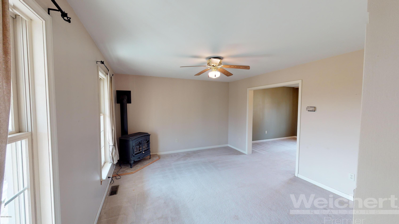 2113 PIKES PEAK ROAD,Allenwood,PA 17810,3 Bedrooms Bedrooms,2 BathroomsBathrooms,Residential,PIKES PEAK,WB-88532