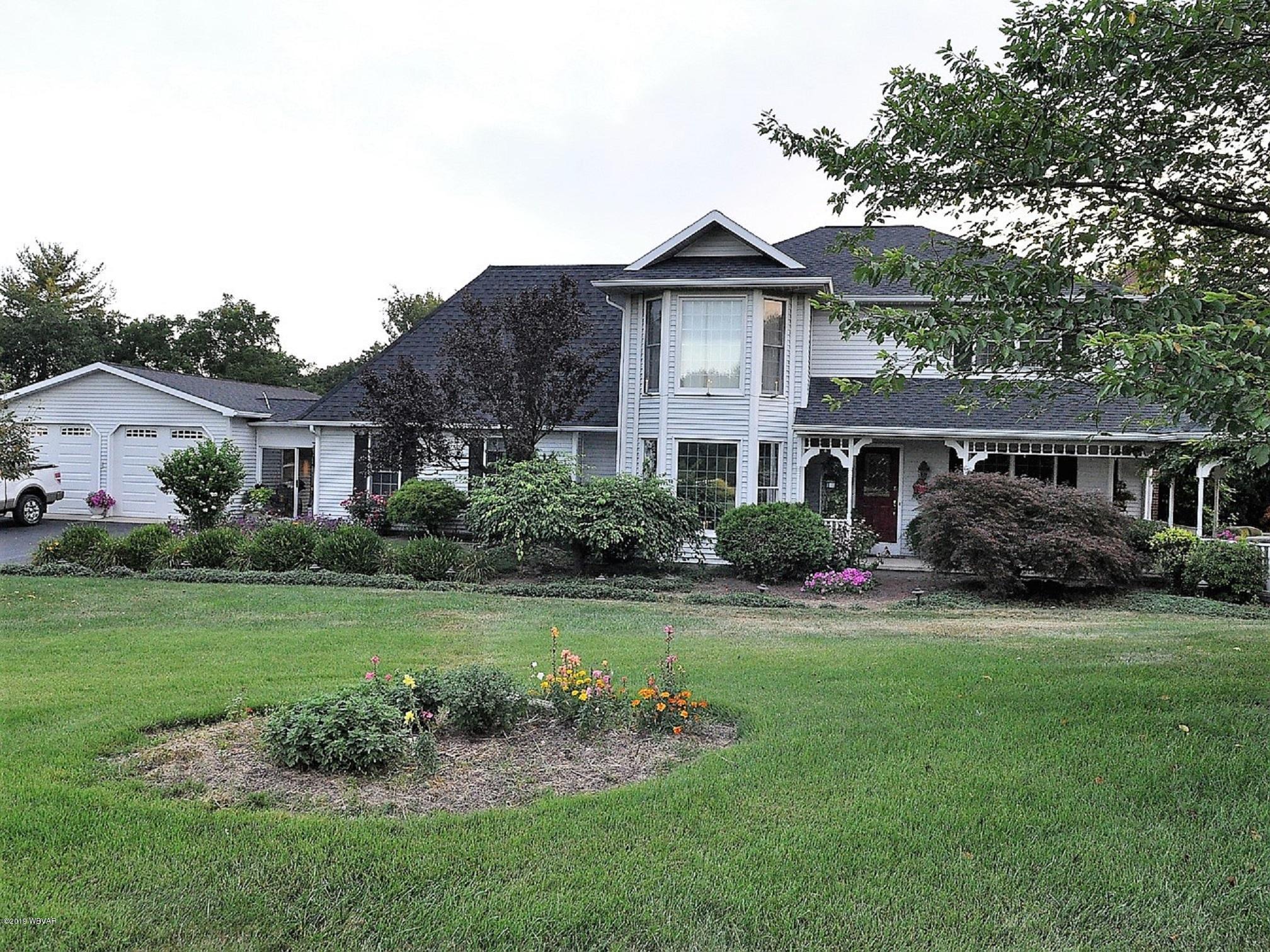 245 WINDY HILL LANE,Montoursville,PA 17754,4 Bedrooms Bedrooms,2.5 BathroomsBathrooms,Residential,WINDY HILL,WB-88574