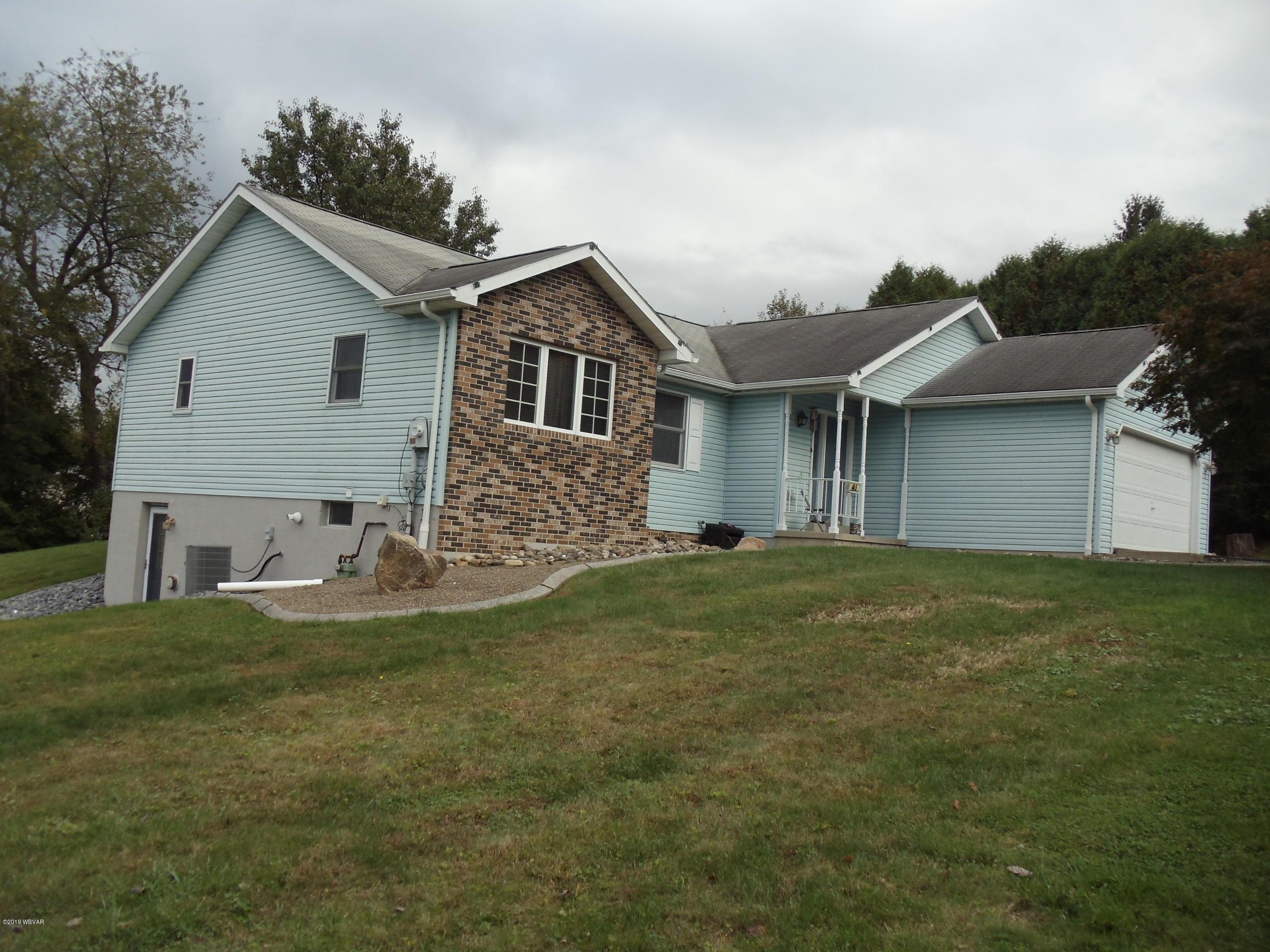 445 JACULIN AVENUE,S. Williamsport,PA 17702,4 Bedrooms Bedrooms,2 BathroomsBathrooms,Residential,JACULIN,WB-88806