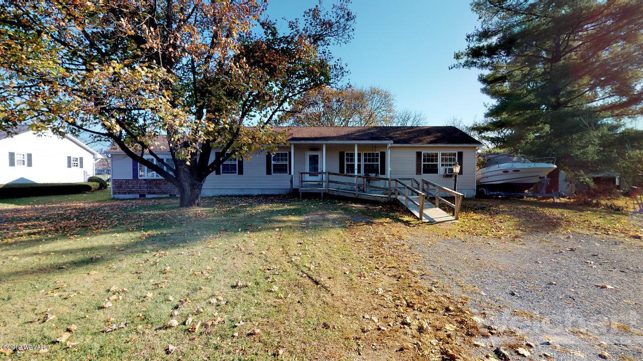394 PENN STREET,Muncy,PA 17756,2 Bedrooms Bedrooms,2 BathroomsBathrooms,Residential,PENN,WB-89052