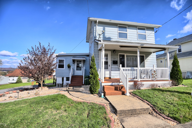445 REYNOLDS STREET,S. Williamsport,PA 17702,2 Bedrooms Bedrooms,1.25 BathroomsBathrooms,Residential,REYNOLDS,WB-89072