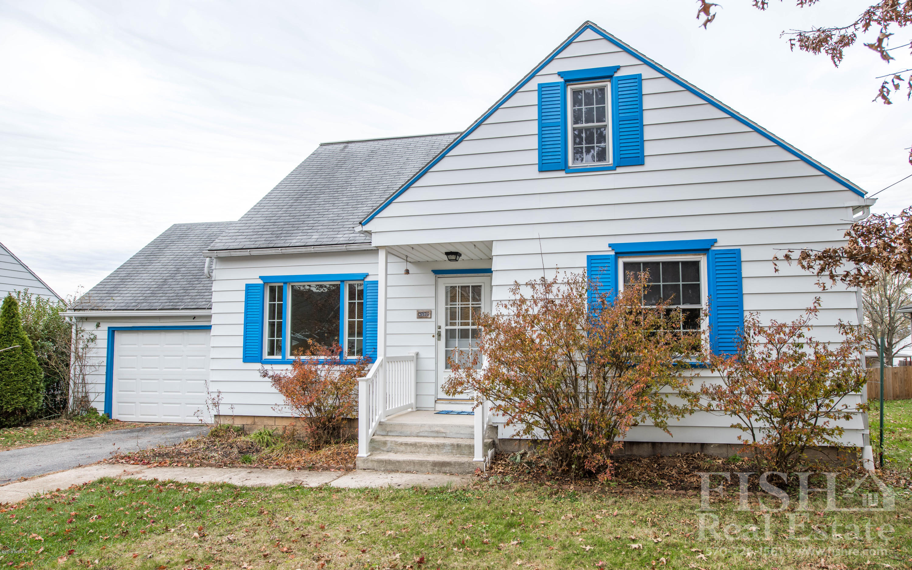 319 SEVENTH AVENUE,S. Williamsport,PA 17702,5 Bedrooms Bedrooms,2 BathroomsBathrooms,Residential,SEVENTH,WB-89092