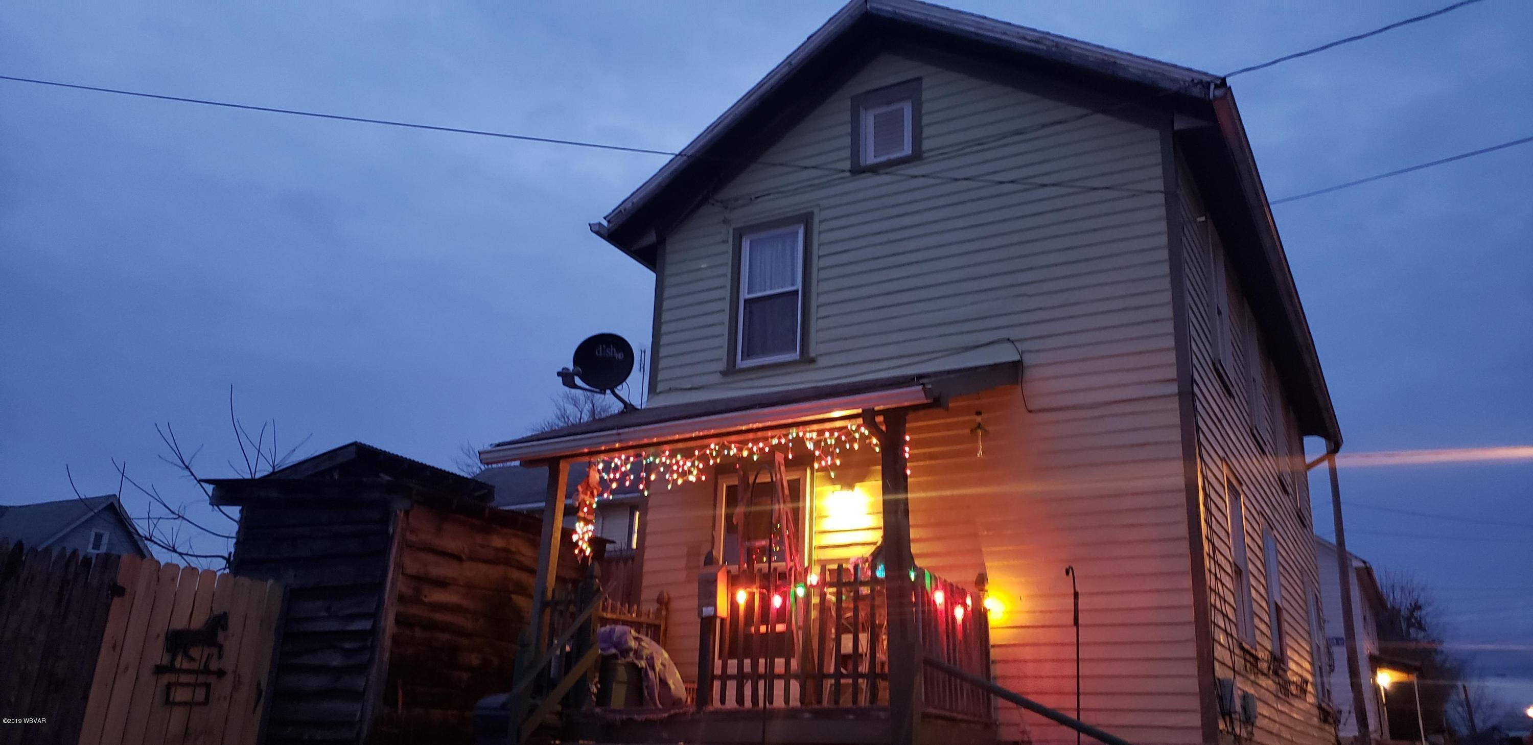 815 ALMOND STREET,Williamsport,PA 17701,2 Bedrooms Bedrooms,1 BathroomBathrooms,Residential,ALMOND,WB-89222