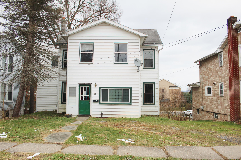 32 JONES STREET,Lock Haven,PA 17745,4 Bedrooms Bedrooms,2 BathroomsBathrooms,Residential,JONES,WB-89344