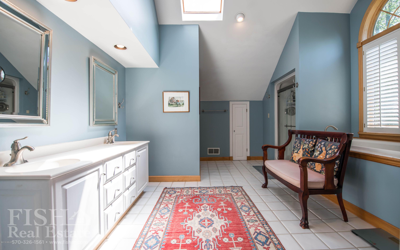 150 SELKIRK ROAD,Williamsport,PA 17701,4 Bedrooms Bedrooms,3.5 BathroomsBathrooms,Residential,SELKIRK,WB-89366