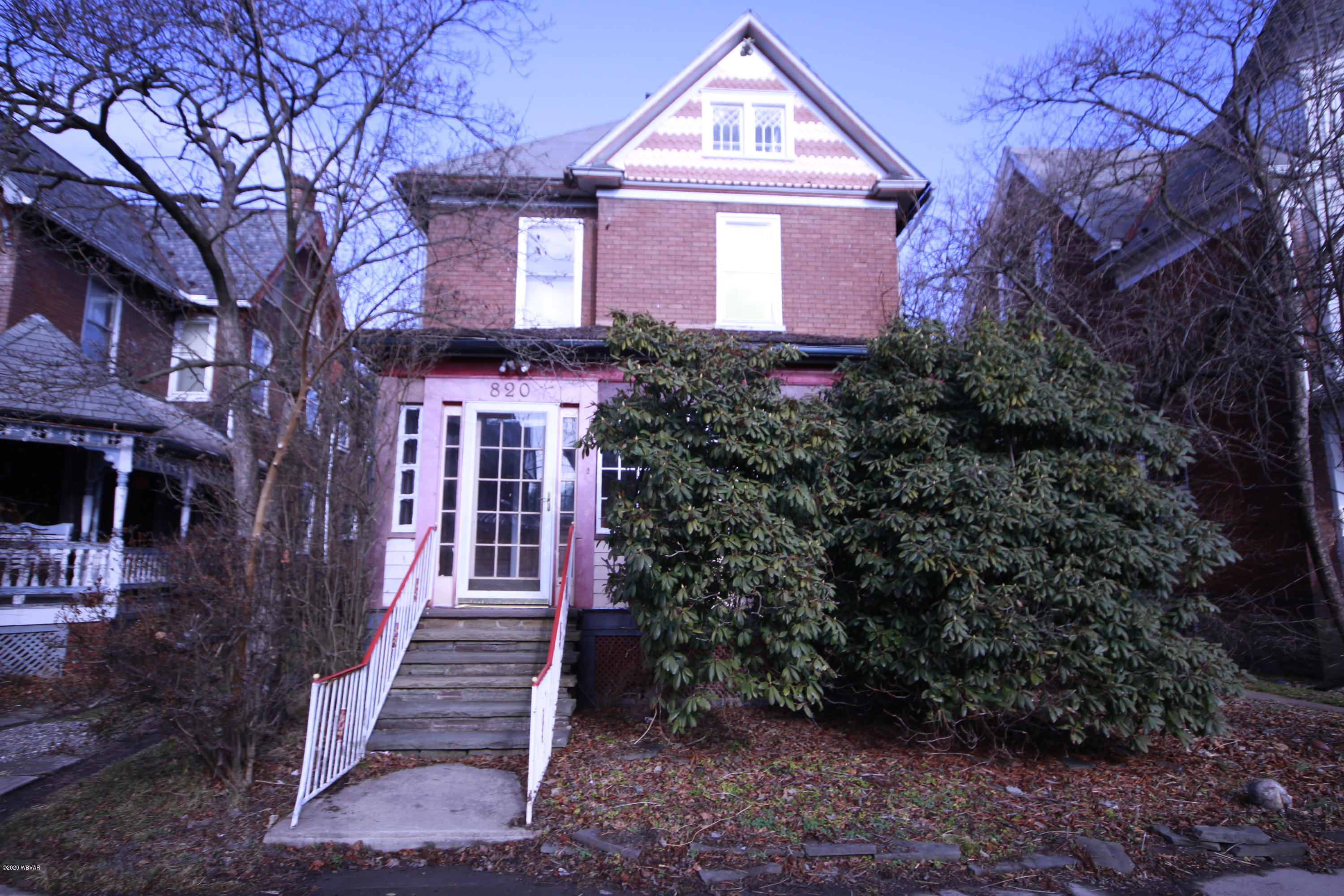 820 PARK PLACE,Williamsport,PA 17701,3 Bedrooms Bedrooms,1.25 BathroomsBathrooms,Residential,PARK,WB-89416
