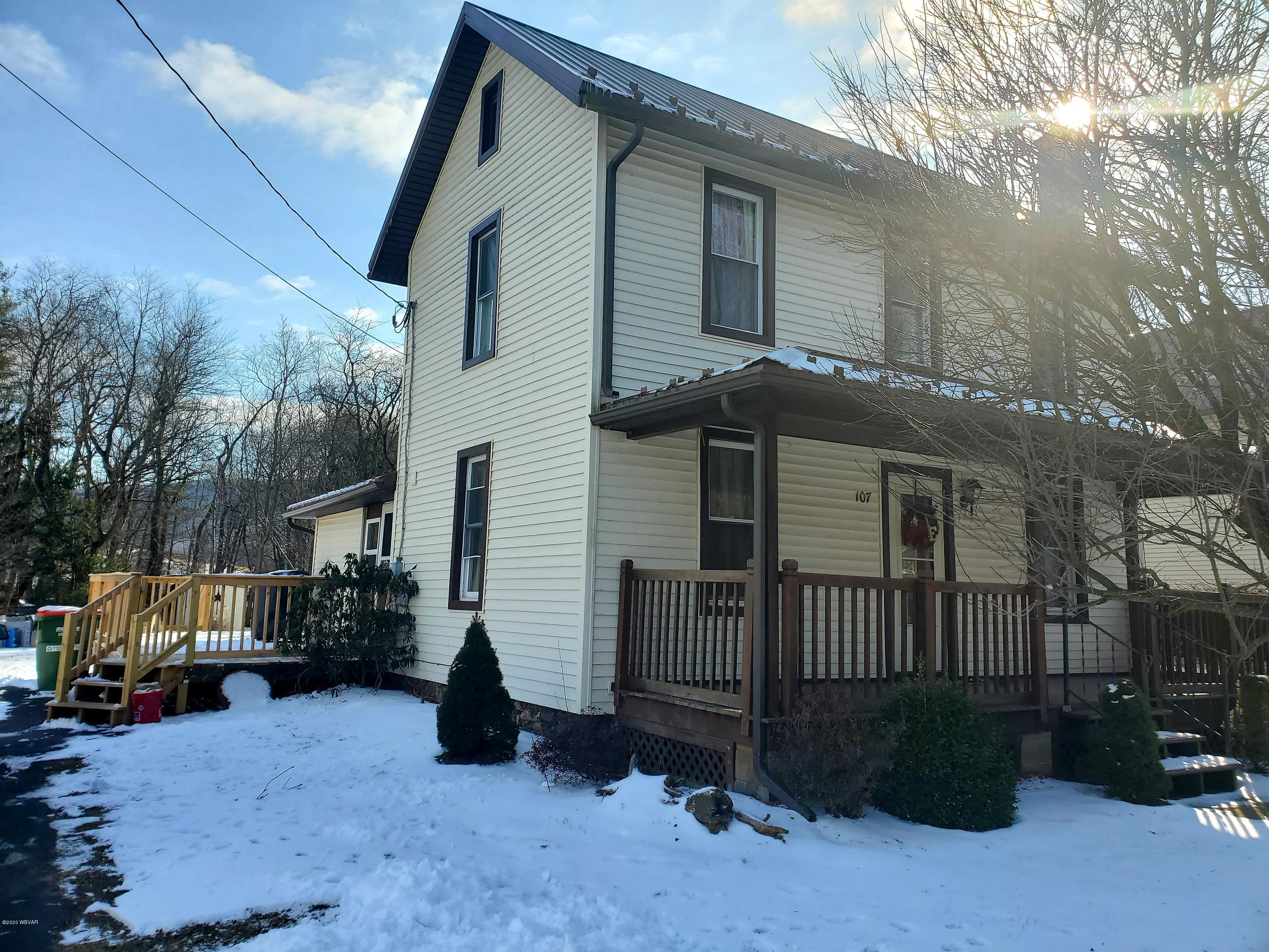 107 VALLEY ROAD,S. Williamsport,PA 17702,3 Bedrooms Bedrooms,2 BathroomsBathrooms,Residential,VALLEY,WB-89419