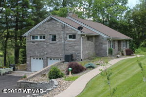 2722 EAGLE VALLEY ROAD,Mill Hall,PA 17751,4 Bedrooms Bedrooms,2 BathroomsBathrooms,Resid-lease/rental,EAGLE VALLEY,WB-89420