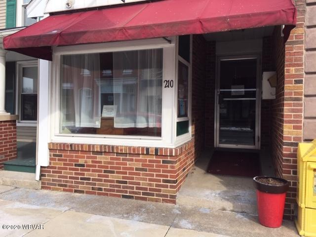 210 MAIN STREET,Watsontown,PA 17777,1 BathroomBathrooms,Comm/ind lease,MAIN,WB-89428