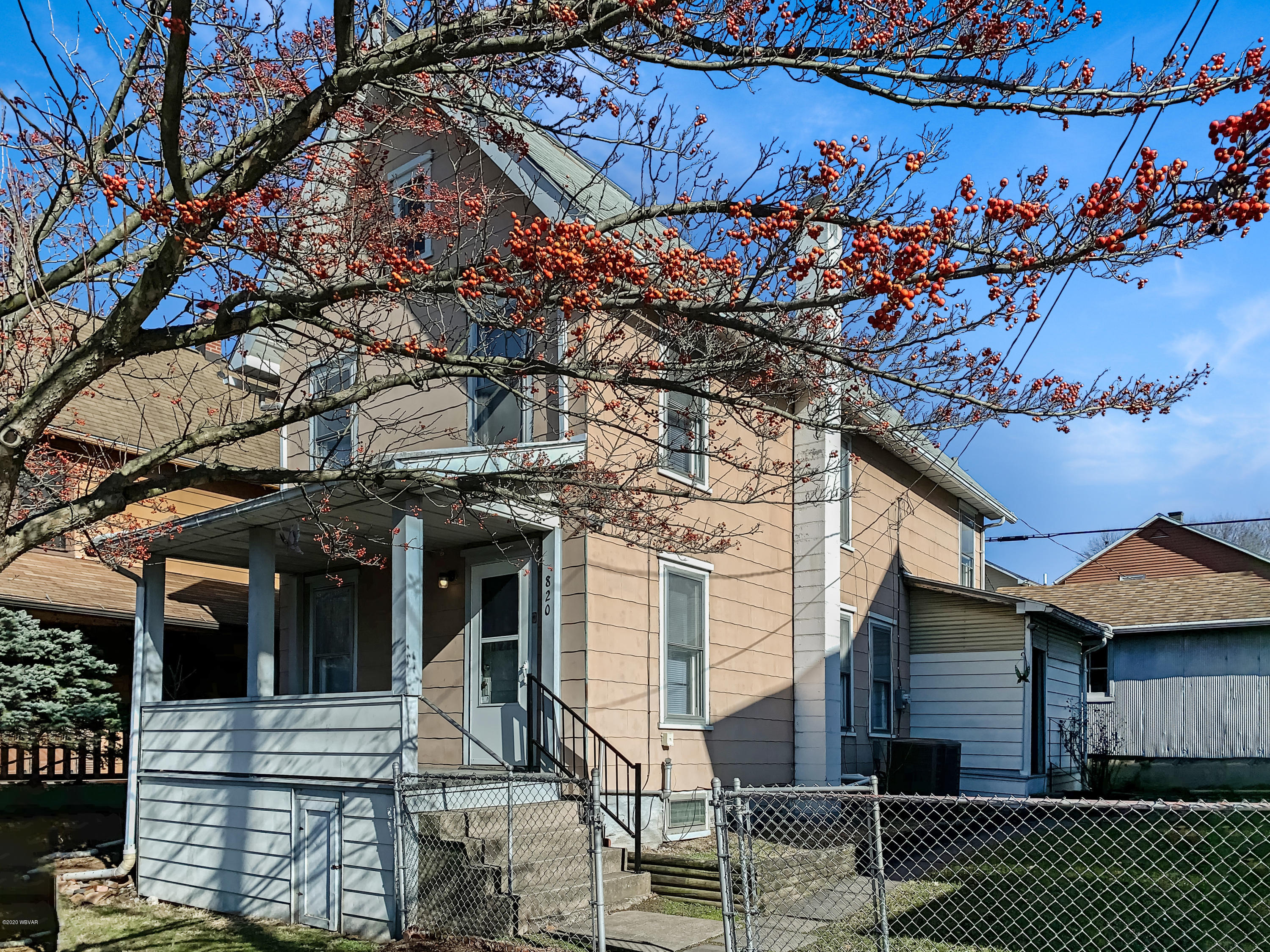 820 CHERRY STREET,Williamsport,PA 17701,3 Bedrooms Bedrooms,1 BathroomBathrooms,Residential,CHERRY,WB-89530