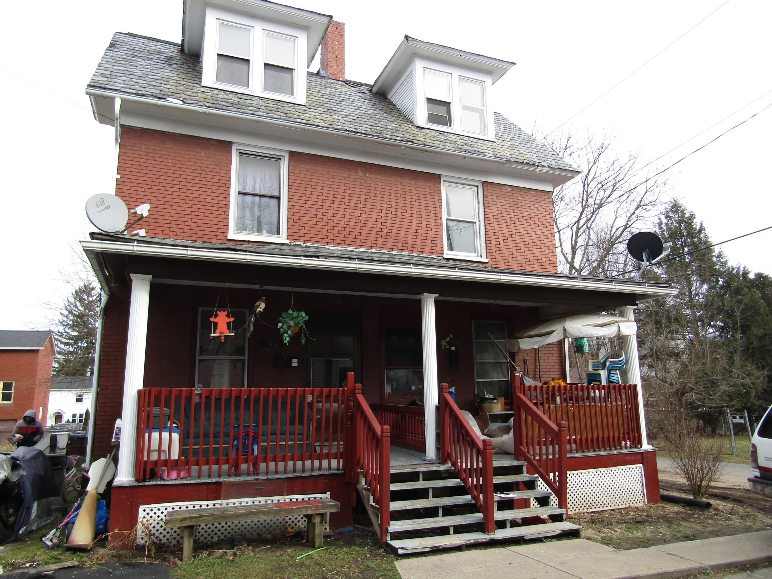 700 - 702 STERLING AVENUE, Williamsport, PA 17701, ,Multi-units,For sale,STERLING,WB-89580