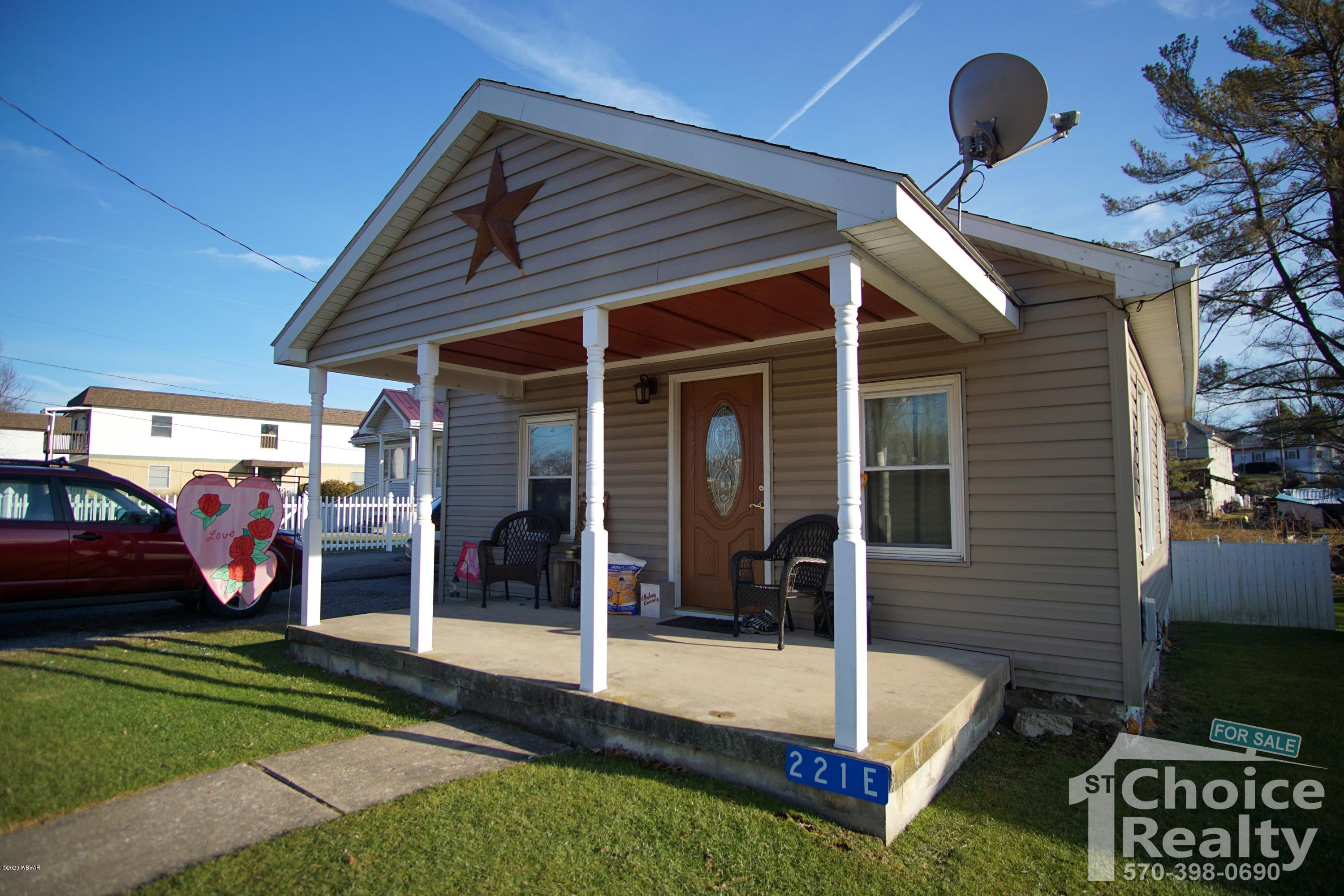 221 CENTRAL AVENUE, Jersey Shore, PA 17740, 3 Bedrooms Bedrooms, ,1 BathroomBathrooms,Residential,For sale,CENTRAL,WB-89624