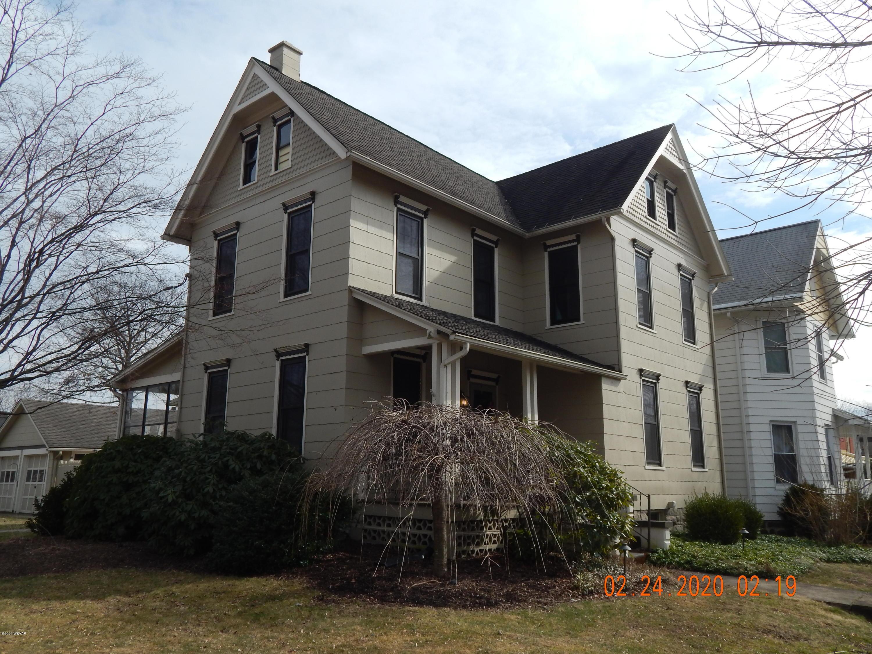 1124 BALDWIN STREET,Williamsport,PA 17701,4 Bedrooms Bedrooms,1.5 BathroomsBathrooms,Residential,BALDWIN,WB-89671