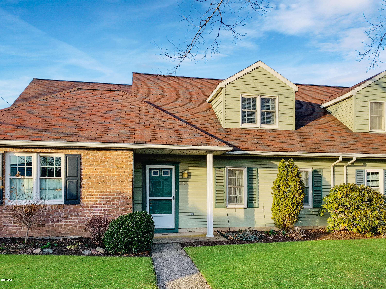 1819 HOMEWOOD AVENUE,Williamsport,PA 17701,3 Bedrooms Bedrooms,2.5 BathroomsBathrooms,Residential,HOMEWOOD,WB-89770