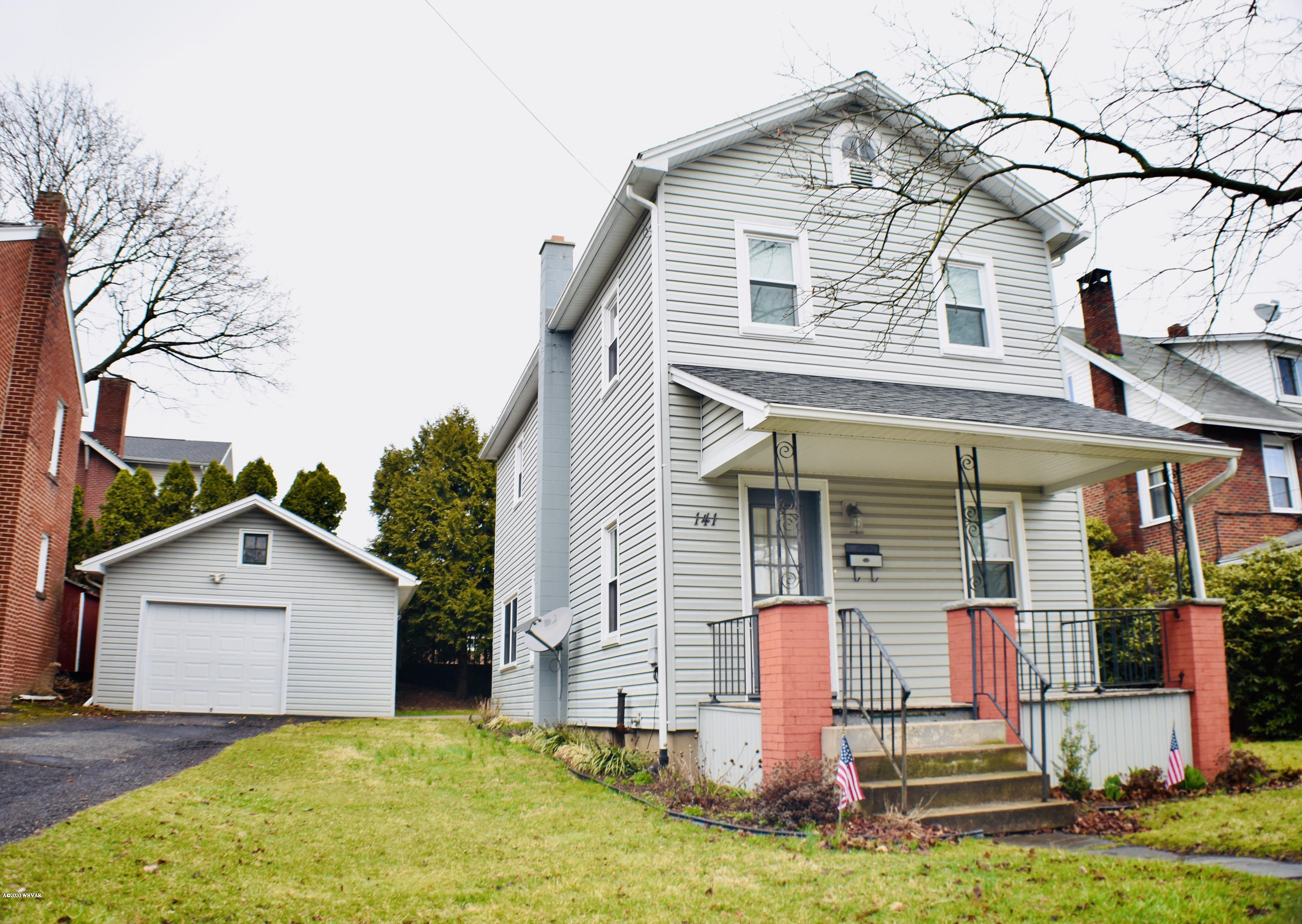 141 FOURTH STREET,Lock Haven,PA 17745,3 Bedrooms Bedrooms,1 BathroomBathrooms,Residential,FOURTH,WB-89857