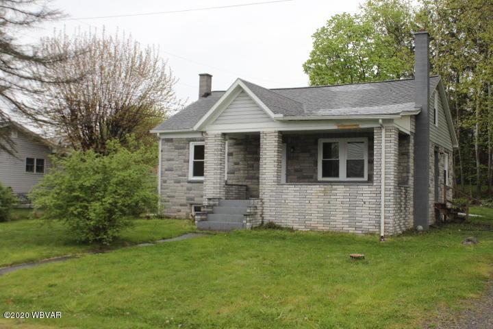 210 GROVE STREET,Avis,PA 17721,3 Bedrooms Bedrooms,1 BathroomBathrooms,Residential,GROVE,WB-90046
