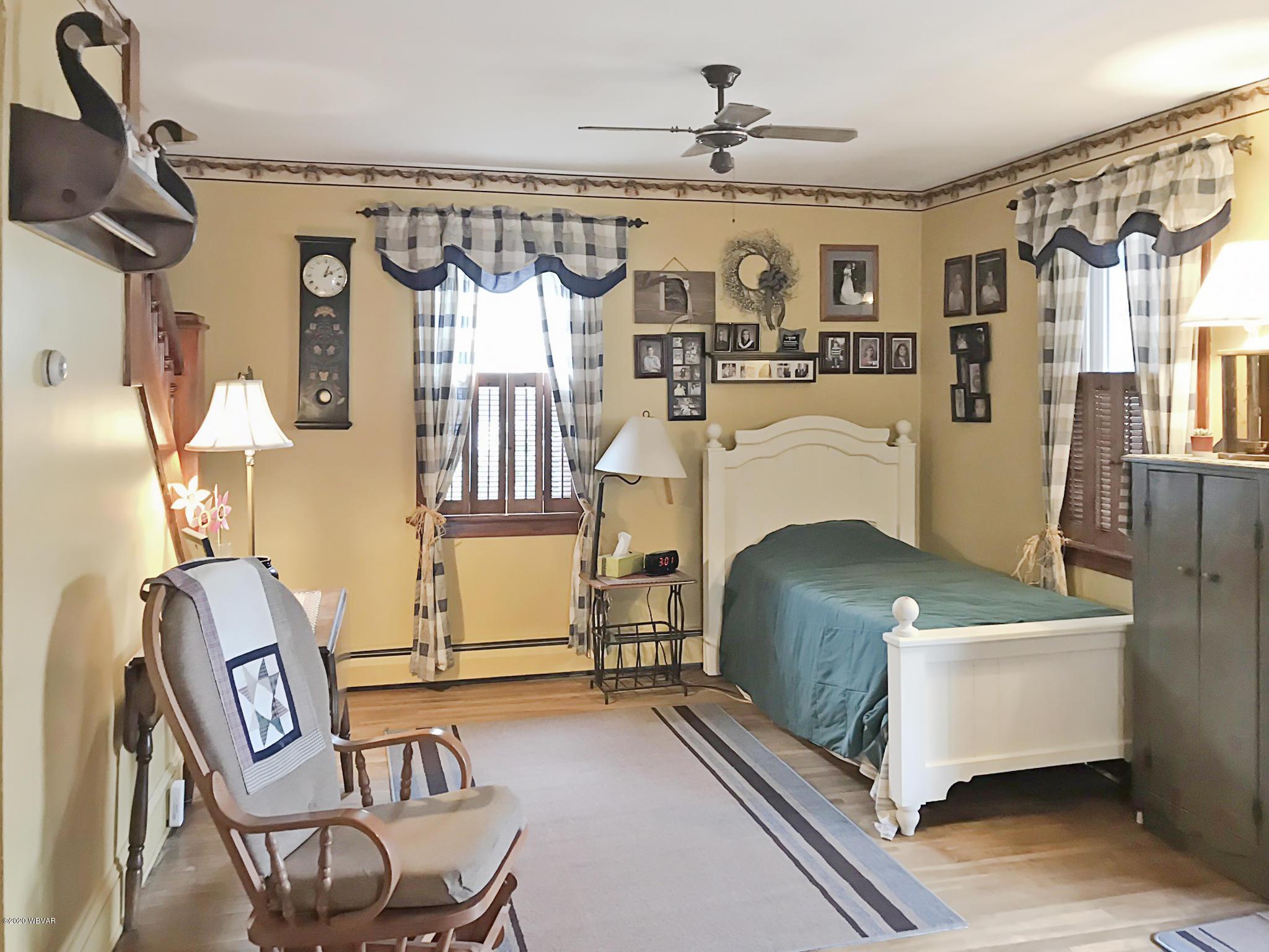 229 BEECH STREET,S. Williamsport,PA 17702,3 Bedrooms Bedrooms,1.5 BathroomsBathrooms,Residential,BEECH,WB-90175