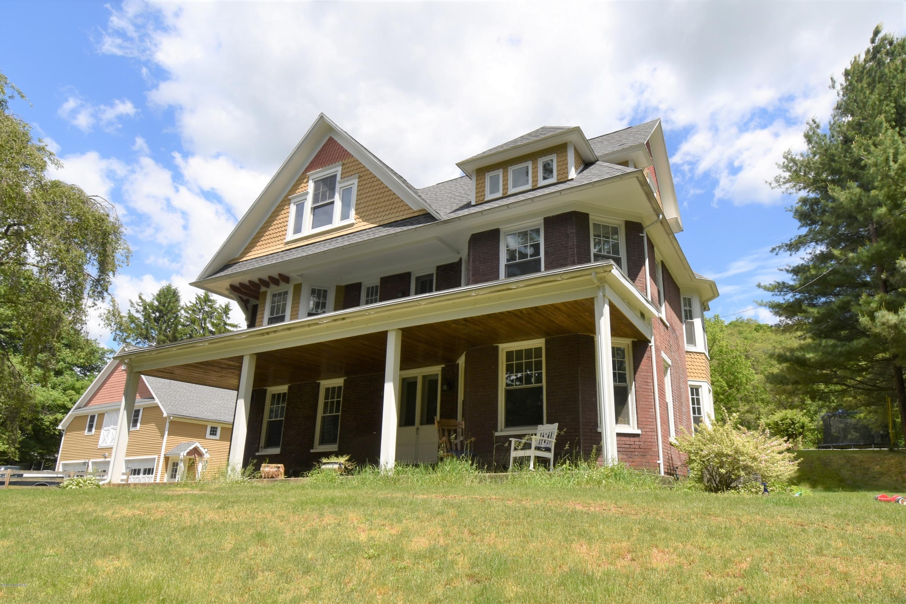 28 UPPERHILL DRIVE, Lock Haven, PA 17745, 5 Bedrooms Bedrooms, ,3 BathroomsBathrooms,Residential,For sale,UPPERHILL,WB-90204