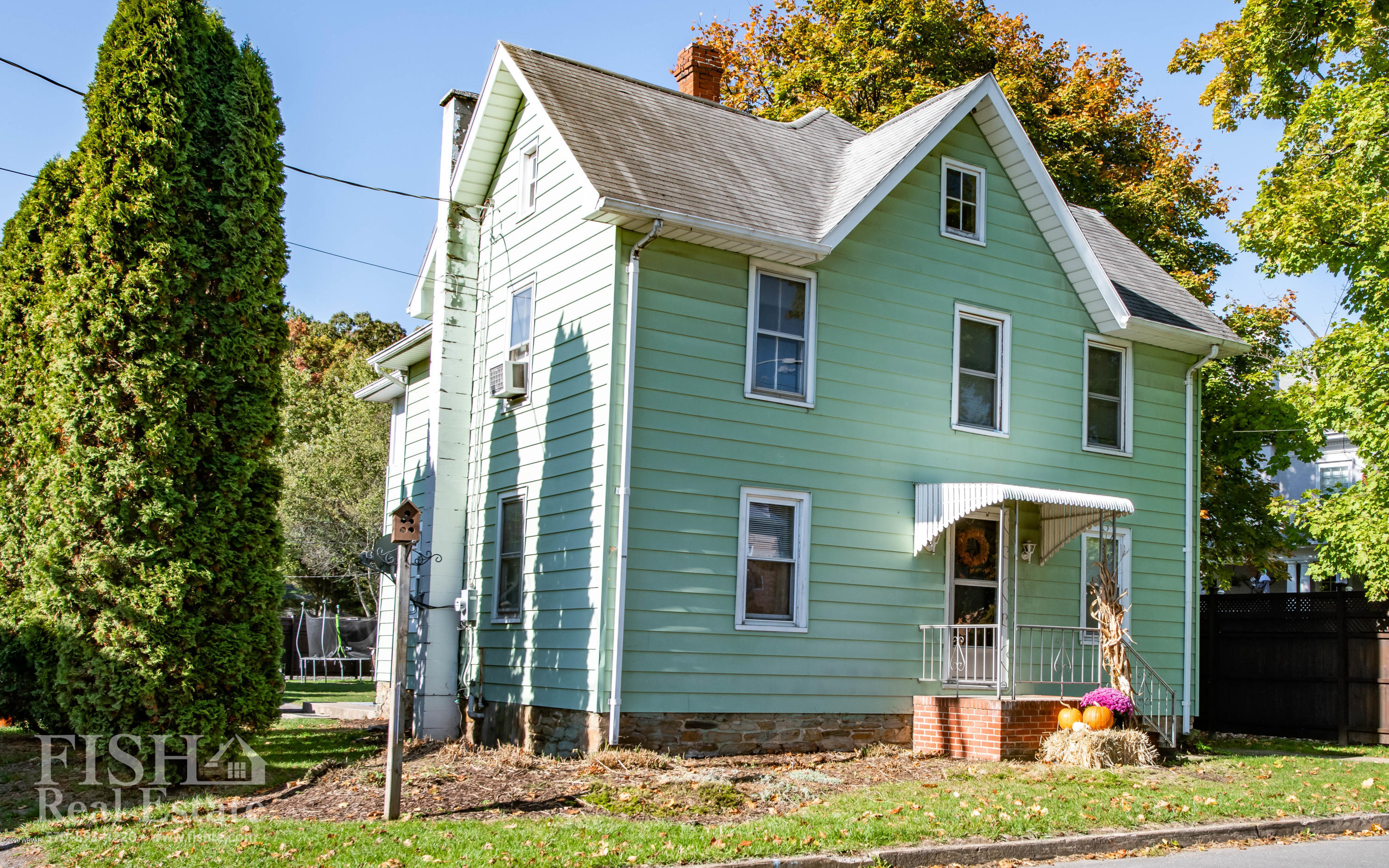 1051 PARK AVENUE, Woolrich, PA 17779, 4 Bedrooms Bedrooms, ,2 BathroomsBathrooms,Residential,For sale,PARK,WB-91351