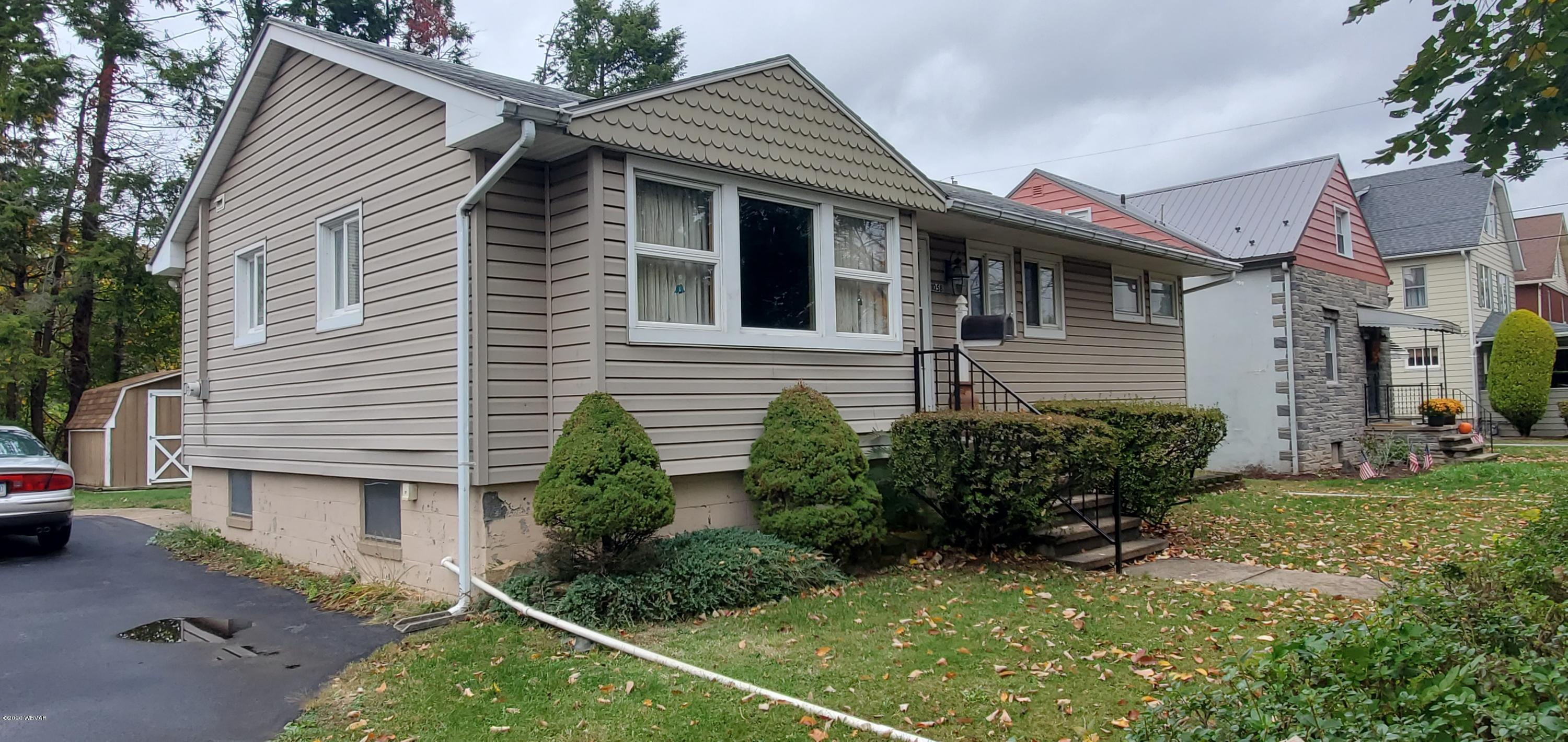 1058 PARK AVENUE, Williamsport, PA 17701, 3 Bedrooms Bedrooms, ,1 BathroomBathrooms,Residential,For sale,PARK,WB-91361
