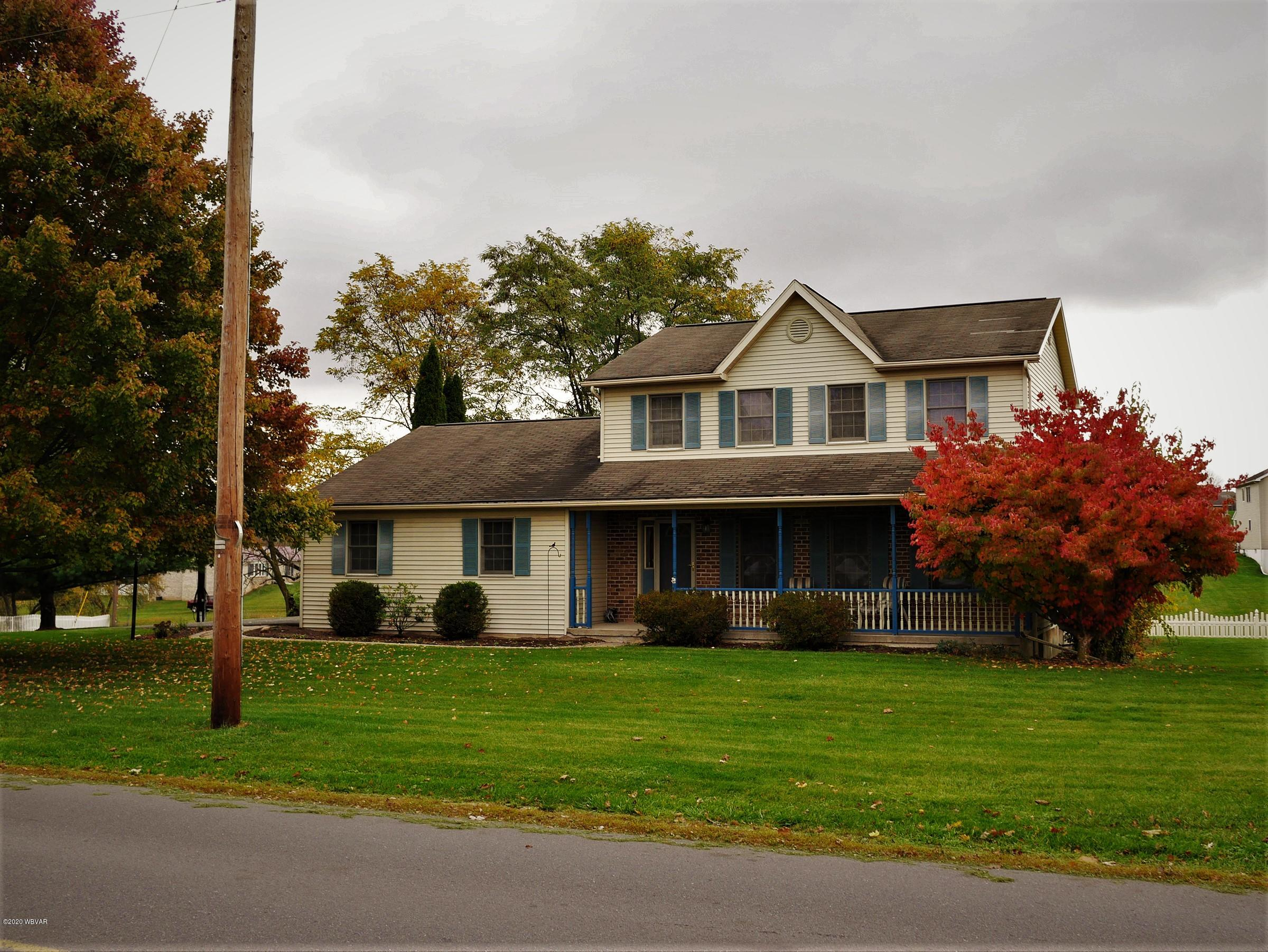 455 GOLF COURSE ROAD, Milton, PA 17847, 3 Bedrooms Bedrooms, ,3 BathroomsBathrooms,Residential,For sale,GOLF COURSE,WB-91422