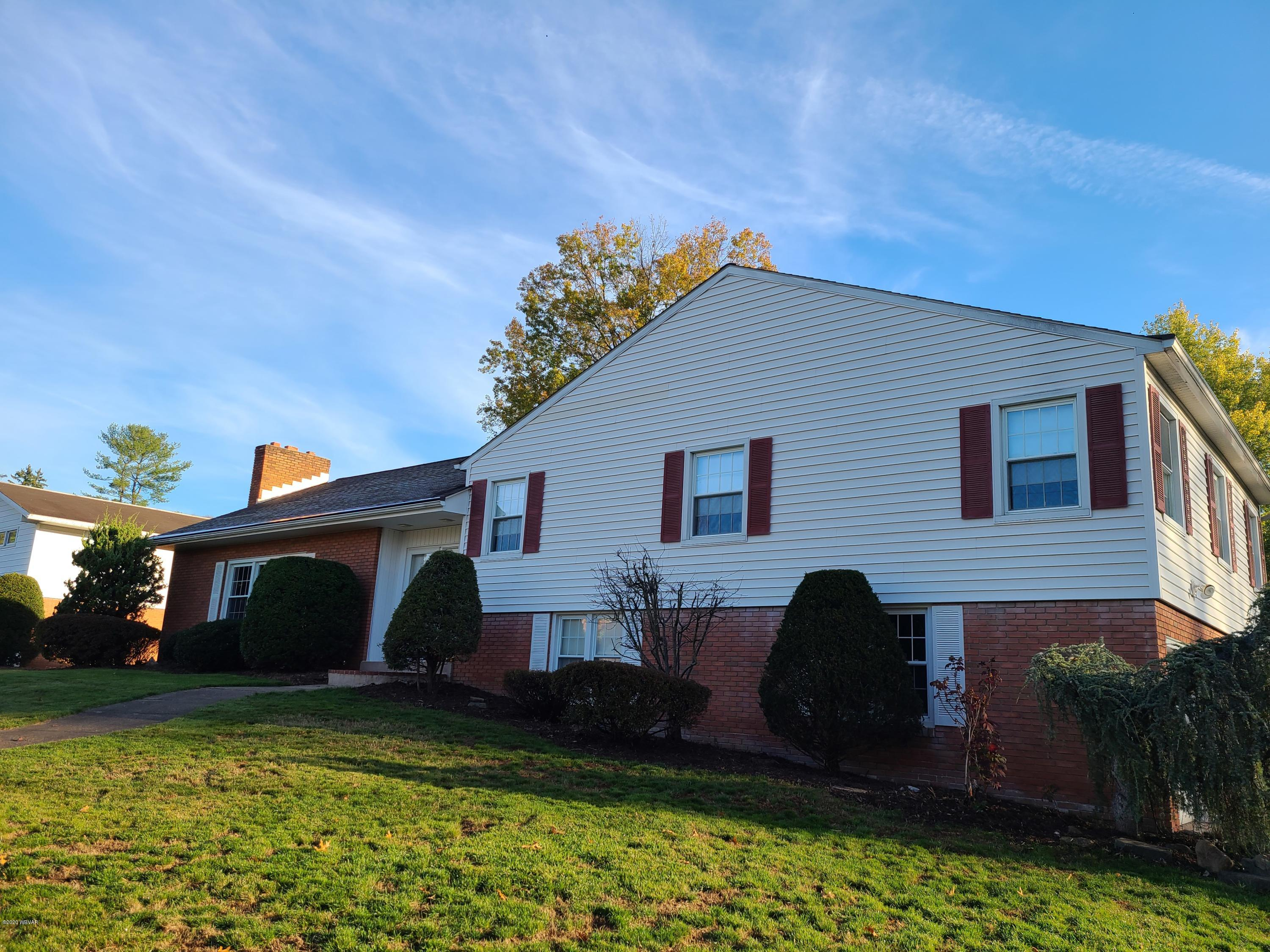 1708 FAXON PARKWAY, Williamsport, PA 17701, 4 Bedrooms Bedrooms, ,2.5 BathroomsBathrooms,Residential,For sale,FAXON,WB-91500