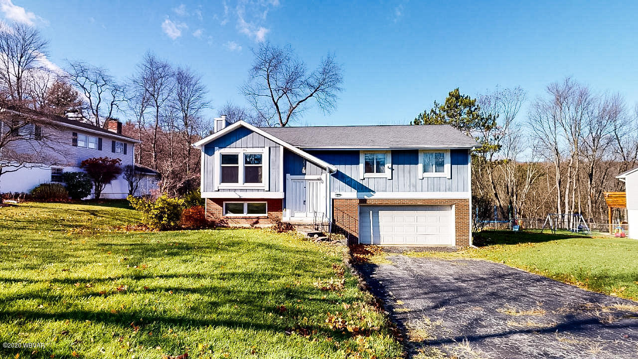 60 OVERHILL ROAD, Williamsport, PA 17701, 3 Bedrooms Bedrooms, ,3 BathroomsBathrooms,Residential,For sale,OVERHILL,WB-91551