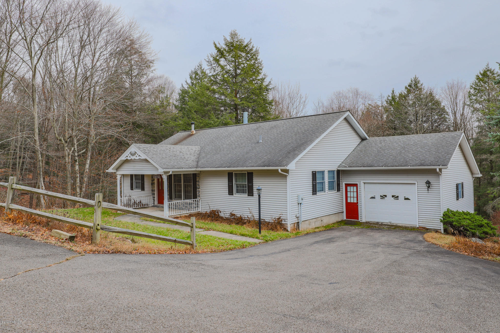 25 RIDER LANE, Eagles Mere, PA 17731, 4 Bedrooms Bedrooms, ,2 BathroomsBathrooms,Residential,For sale,RIDER,WB-91563