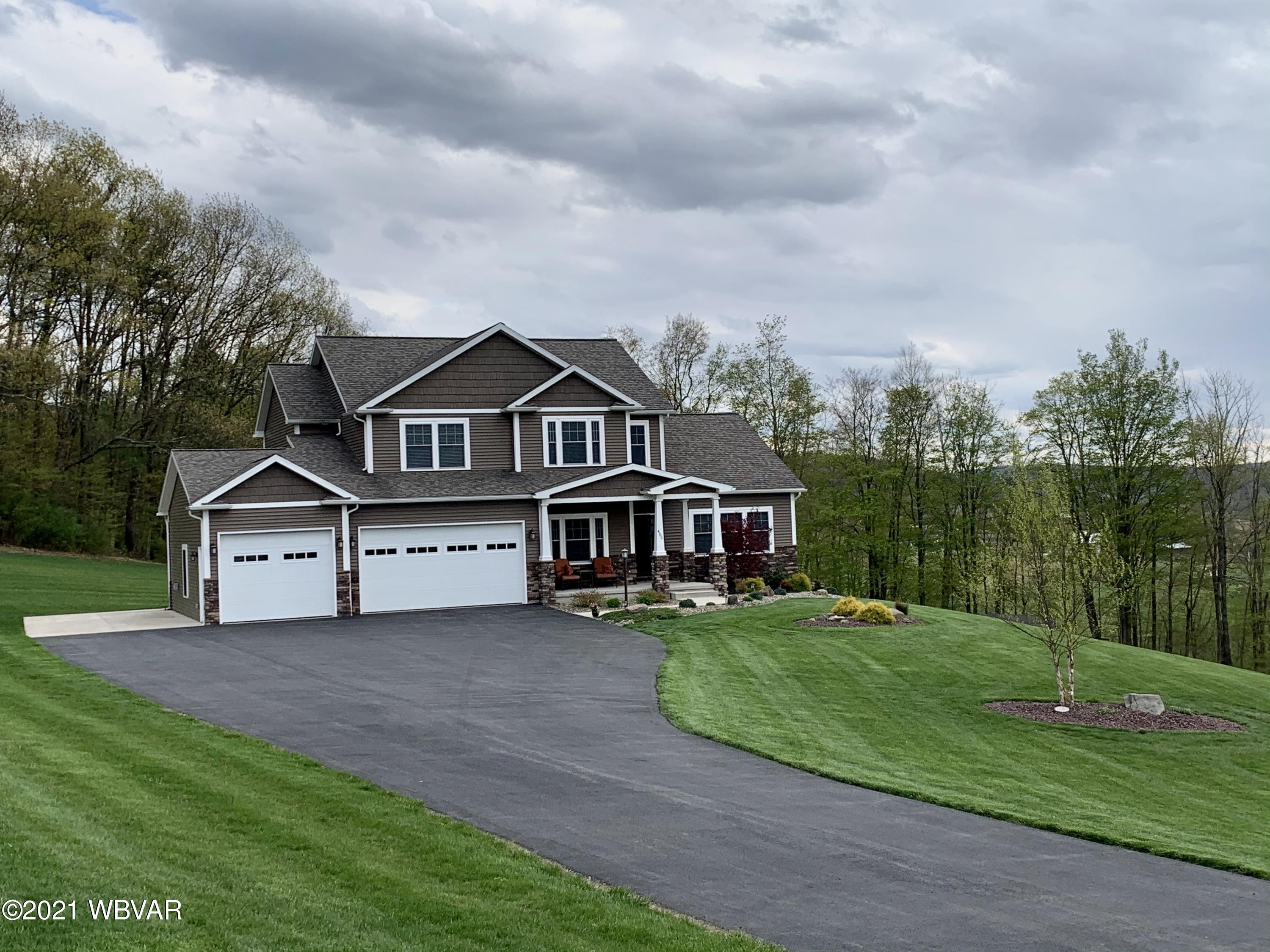 405 LINVIC DRIVE, Muncy, PA 17756, 4 Bedrooms Bedrooms, ,4 BathroomsBathrooms,Residential,For sale,LINVIC,WB-91731
