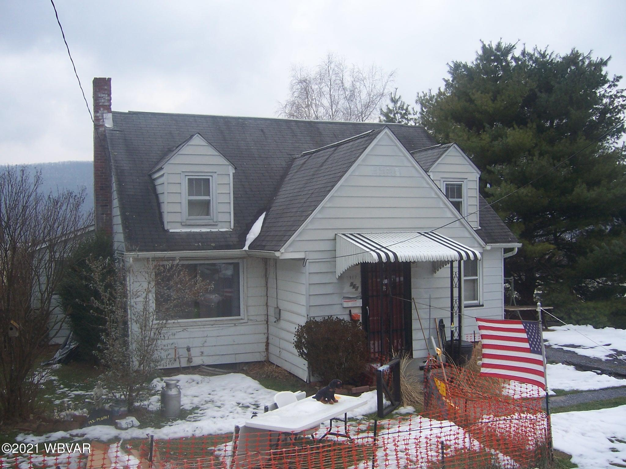 962 FOURTH STREET, Lock Haven, PA 17745, 3 Bedrooms Bedrooms, ,1 BathroomBathrooms,Residential,For sale,FOURTH,WB-91747