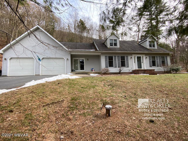 1195 MAIN STREET, S. Williamsport, PA 17702, 4 Bedrooms Bedrooms, ,3.5 BathroomsBathrooms,Residential,For sale,MAIN,WB-91788