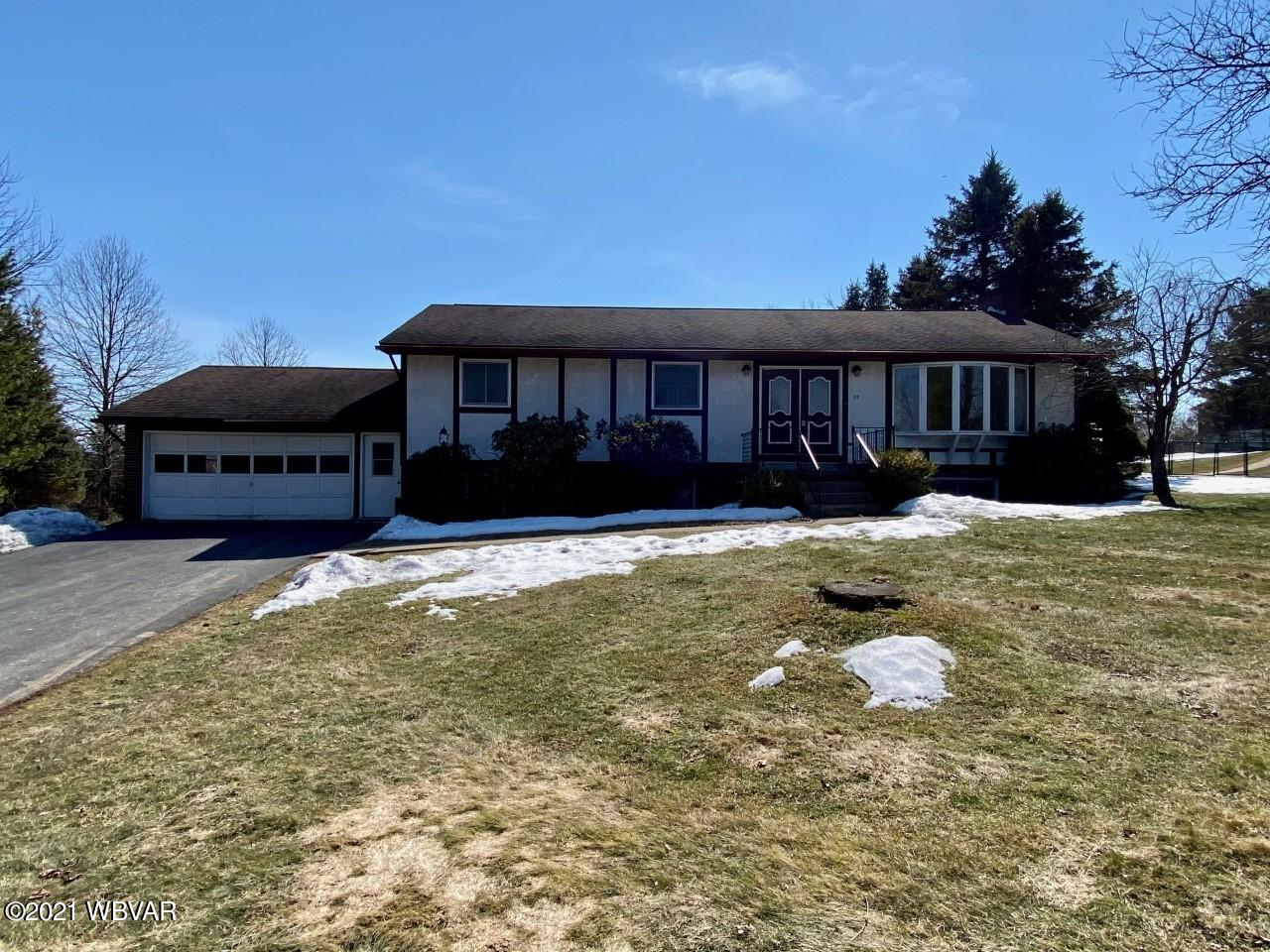 35 MARVIN CIRCLE, Williamsport, PA 17701, 4 Bedrooms Bedrooms, ,3 BathroomsBathrooms,Residential,For sale,MARVIN,WB-92020
