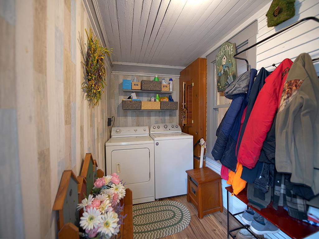 123 DEWEY STREET, Mill Hall, PA 17751, 3 Bedrooms Bedrooms, ,1 BathroomBathrooms,Residential,For sale,DEWEY,WB-92162