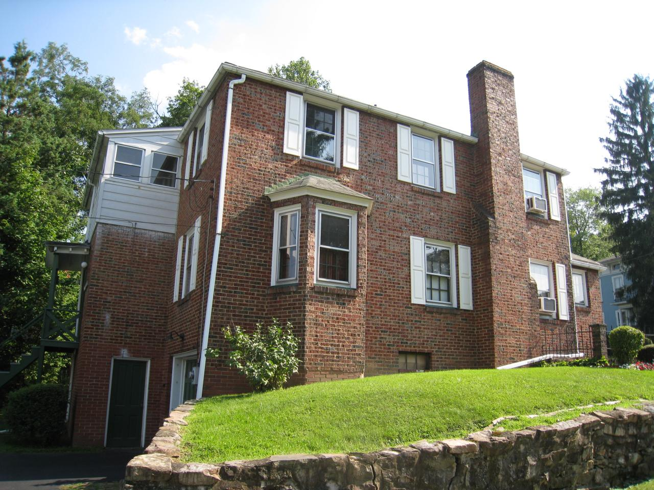 50-52 FAIRVIEW STREET, Lock Haven, PA 17745, ,Multi-units,For sale,FAIRVIEW,WB-92238