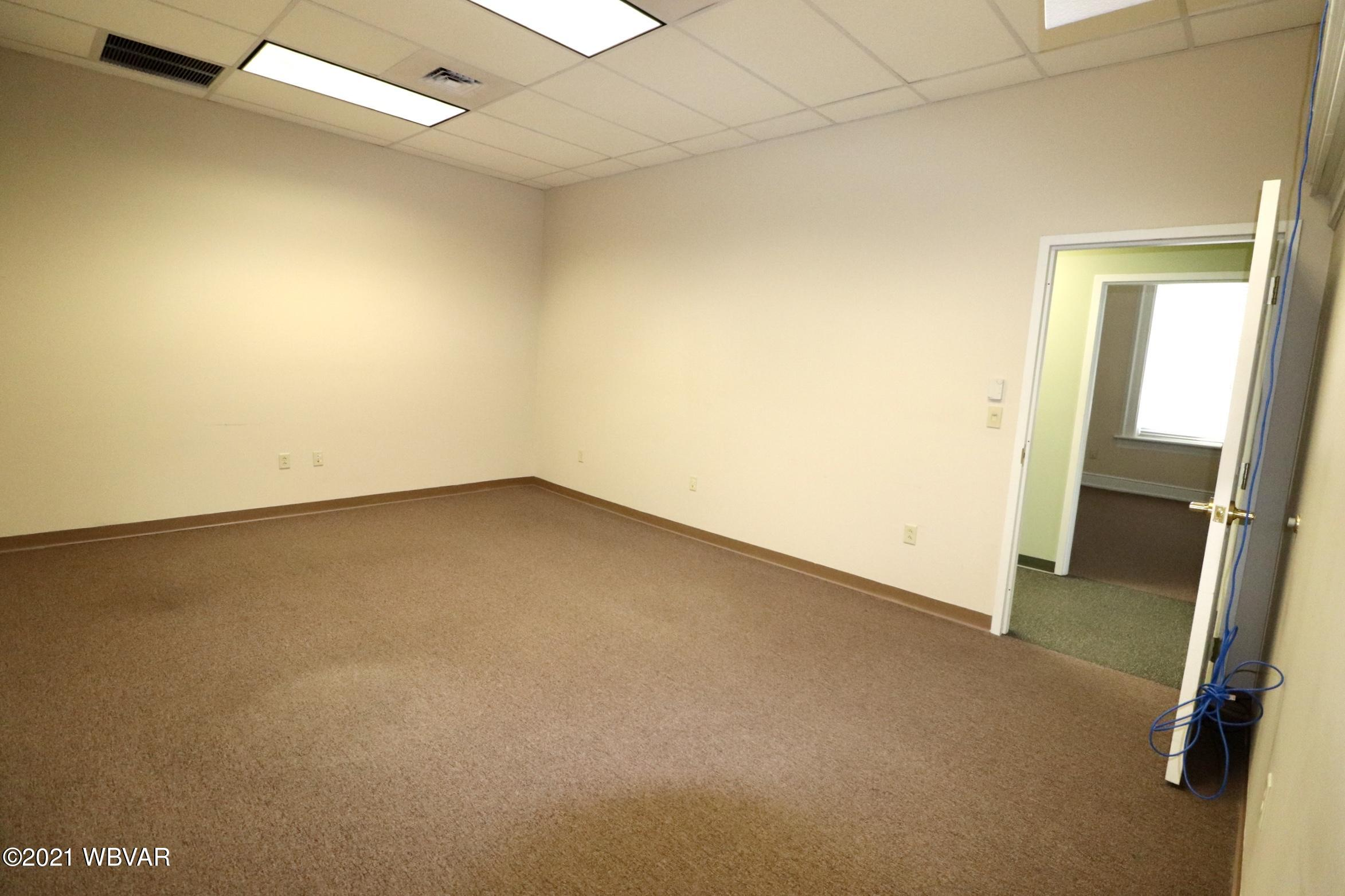 800 4TH STREET, Williamsport, PA 17701, ,1 BathroomBathrooms,Comm/ind lease,For sale,4TH,WB-92280