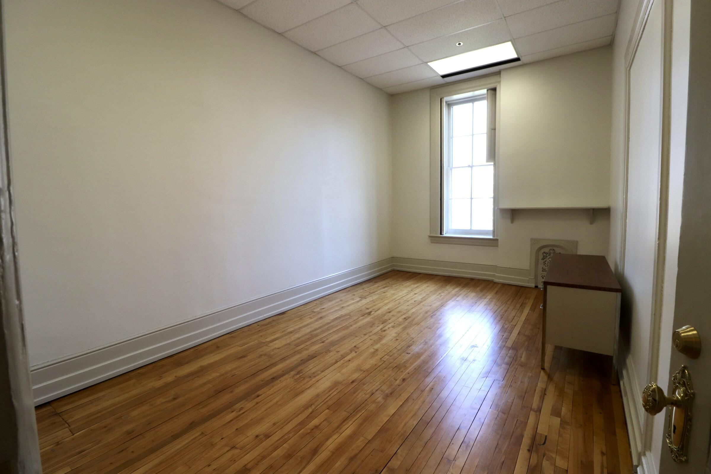 800 FOURTH STREET, Williamsport, PA 17701, ,1 BathroomBathrooms,Comm/ind lease,For sale,FOURTH,WB-92281