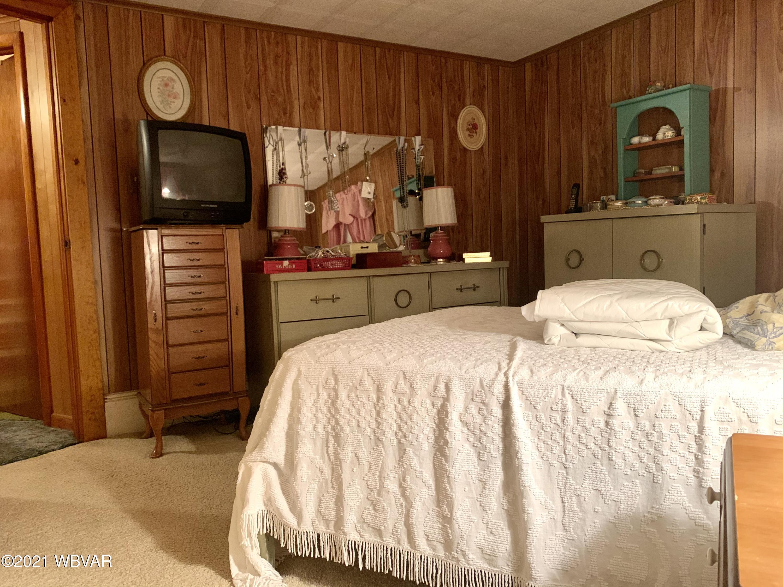 315 OAK STREET, Jersey Shore, PA 17740, 3 Bedrooms Bedrooms, ,1.25 BathroomsBathrooms,Residential,For sale,OAK,WB-92283
