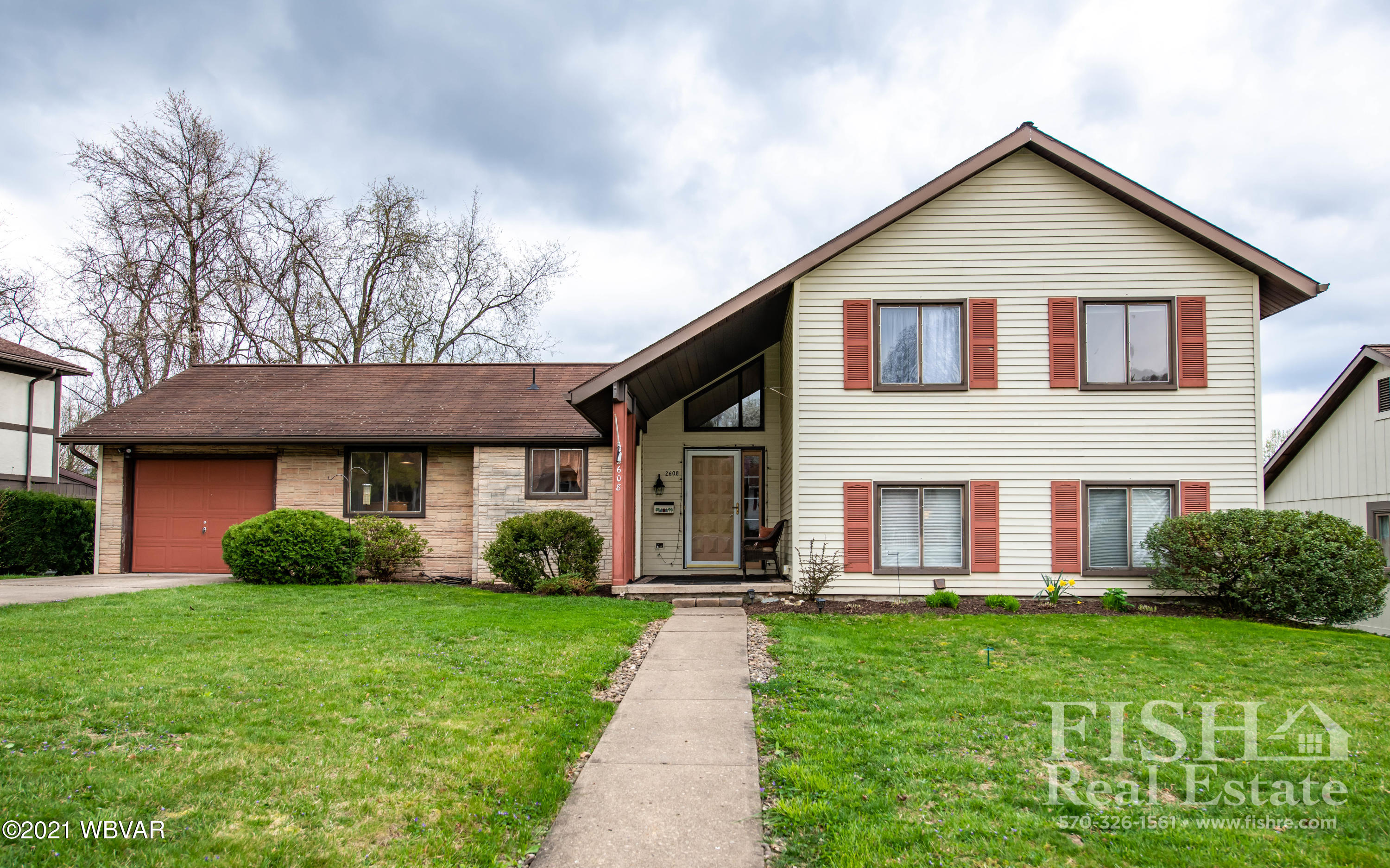 2608 HILLS DRIVE, Williamsport, PA 17701, 3 Bedrooms Bedrooms, ,2.5 BathroomsBathrooms,Residential,For sale,HILLS,WB-92333