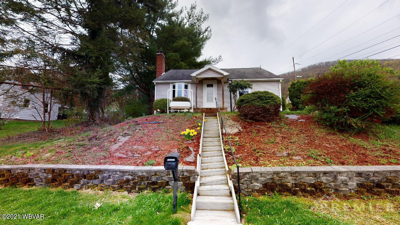 1375 MOUNTAIN AVENUE, S. Williamsport, PA 17702, 2 Bedrooms Bedrooms, ,1 BathroomBathrooms,Residential,For sale,MOUNTAIN,WB-92338
