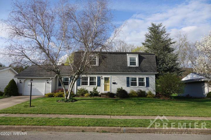 1113 WEAVER STREET, Montoursville, PA 17754, 4 Bedrooms Bedrooms, ,2 BathroomsBathrooms,Residential,For sale,WEAVER,WB-92319