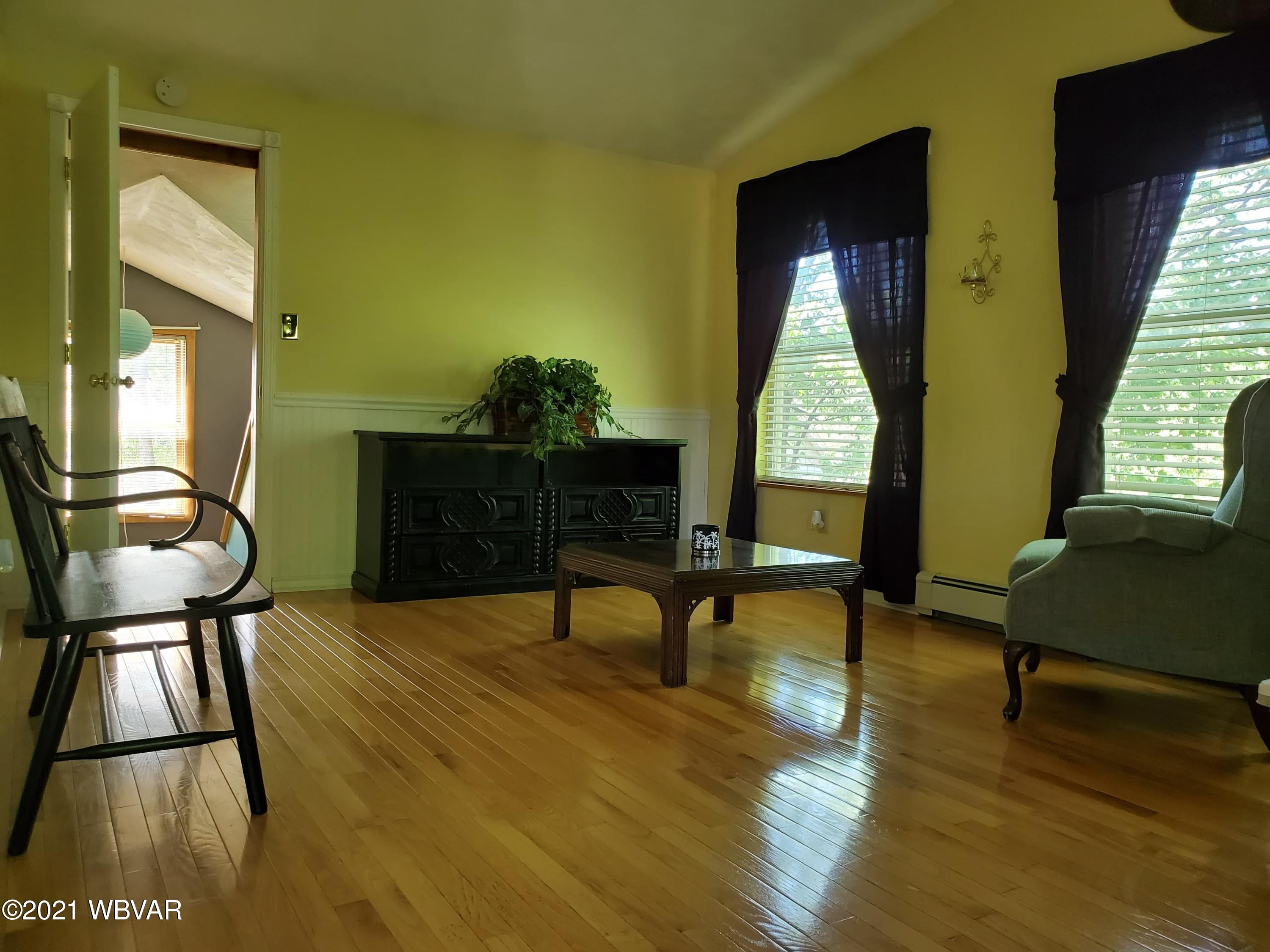 910 HIGHLAND STREET, Jersey Shore, PA 17740, 4 Bedrooms Bedrooms, ,2 BathroomsBathrooms,Residential,For sale,HIGHLAND,WB-92436