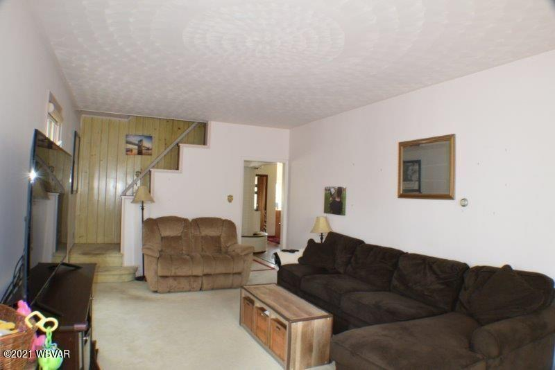 426 HIGH STREET, West Milton, PA 17886, 5 Bedrooms Bedrooms, ,1.5 BathroomsBathrooms,Residential,For sale,HIGH,WB-92499