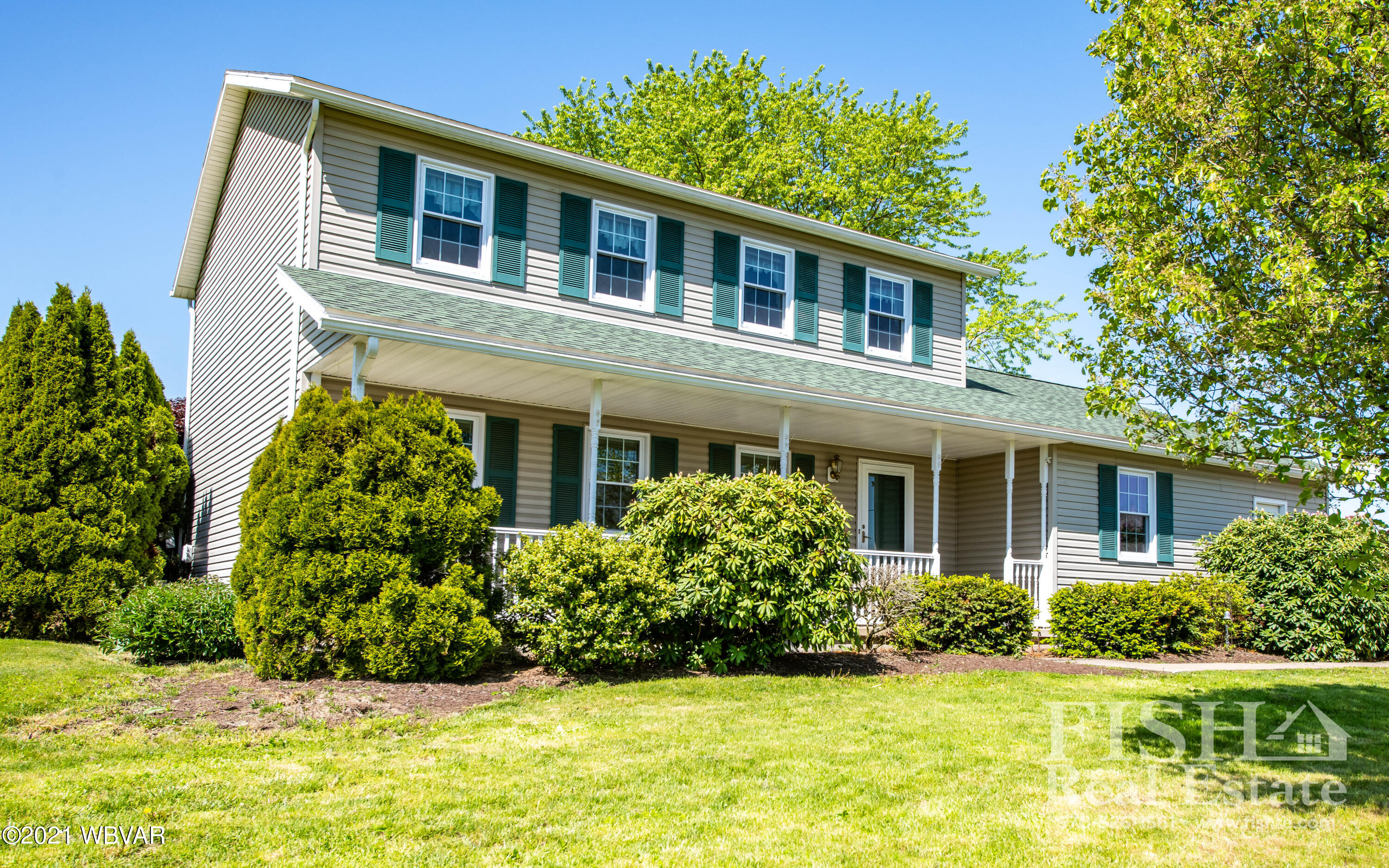 560 SHAFFER LANE, Jersey Shore, PA 17740, 3 Bedrooms Bedrooms, ,4 BathroomsBathrooms,Residential,For sale,SHAFFER,WB-92530