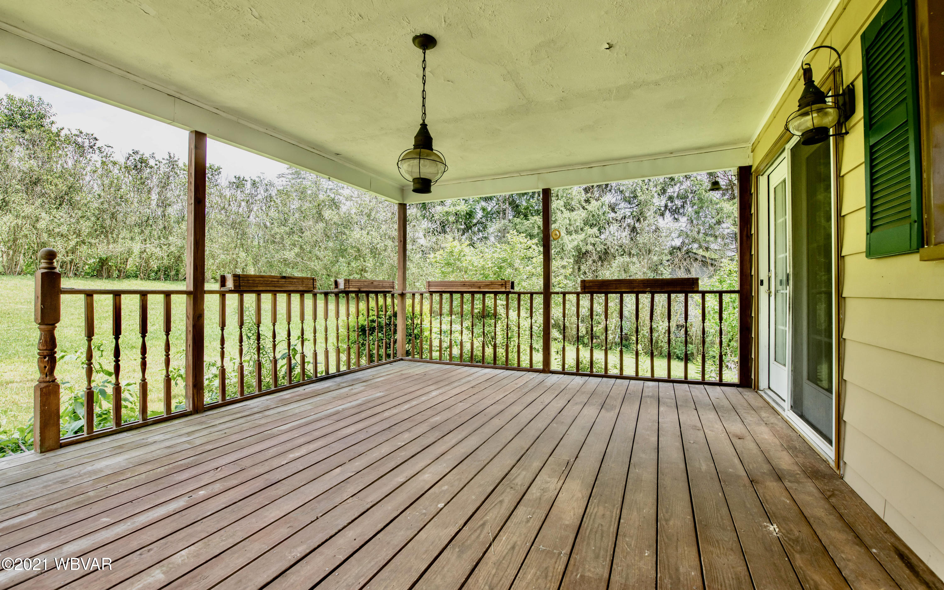 Covered Deck Off Kitchen-Dining