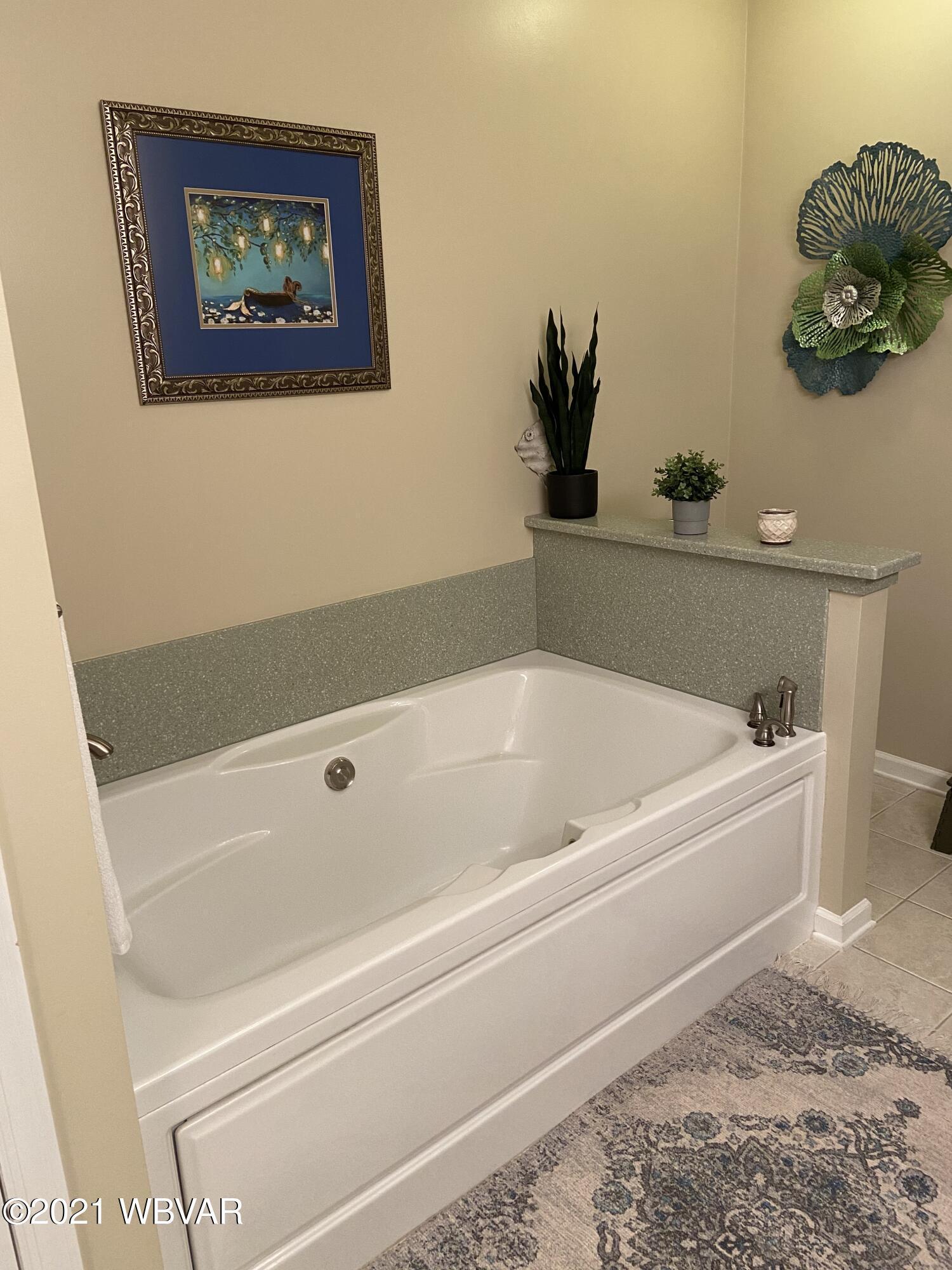 18_large tub