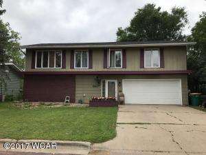 Property for sale at 810 5th Avenue, Windom,  MN 56101