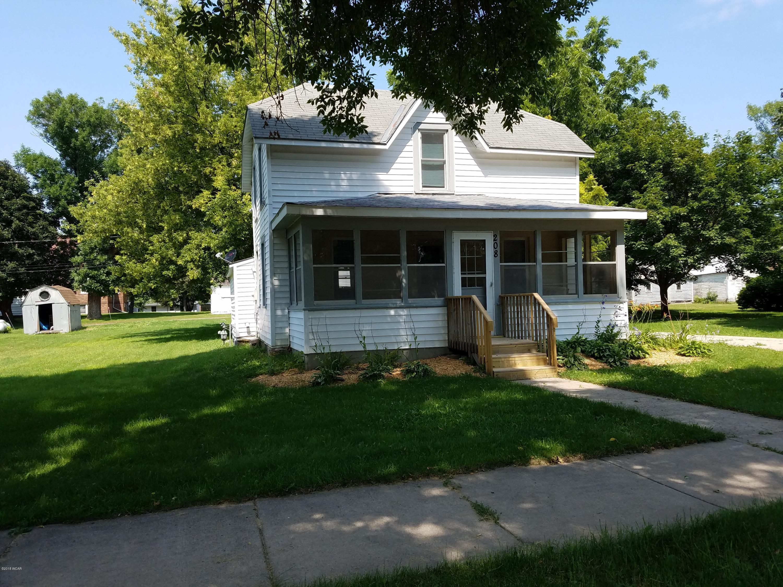 208 Menage Avenue,Raymond,3 Bedrooms Bedrooms,1 BathroomBathrooms,Single Family,Menage Avenue,6031955